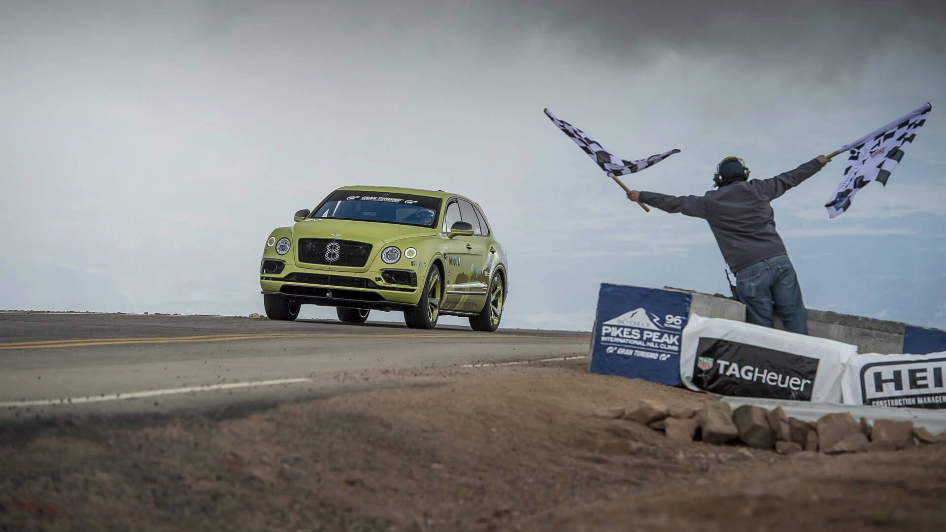 bentley-bentayga-for-pikes-peak (4)