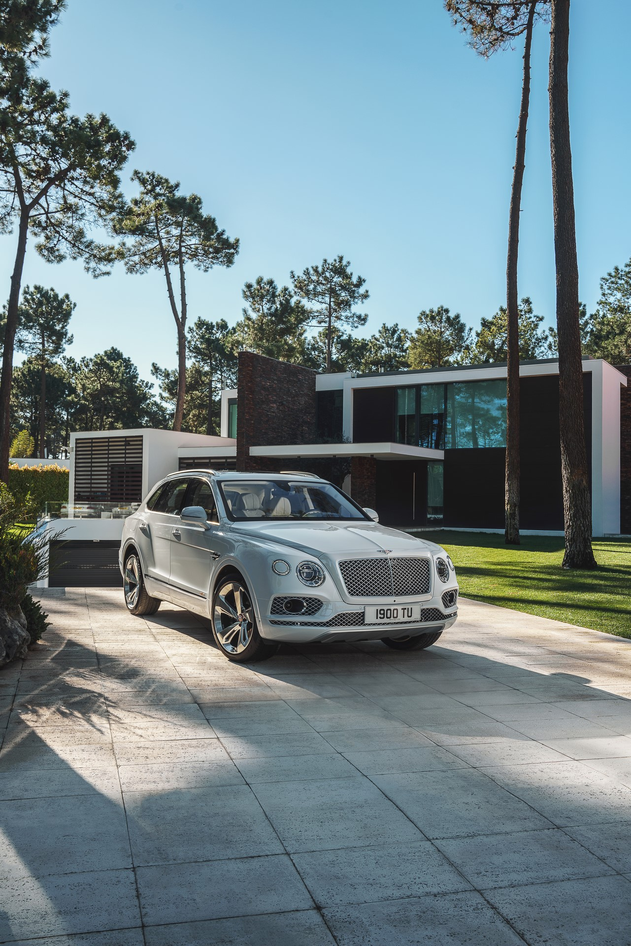 Bentley Bentayga Hybrid - 06