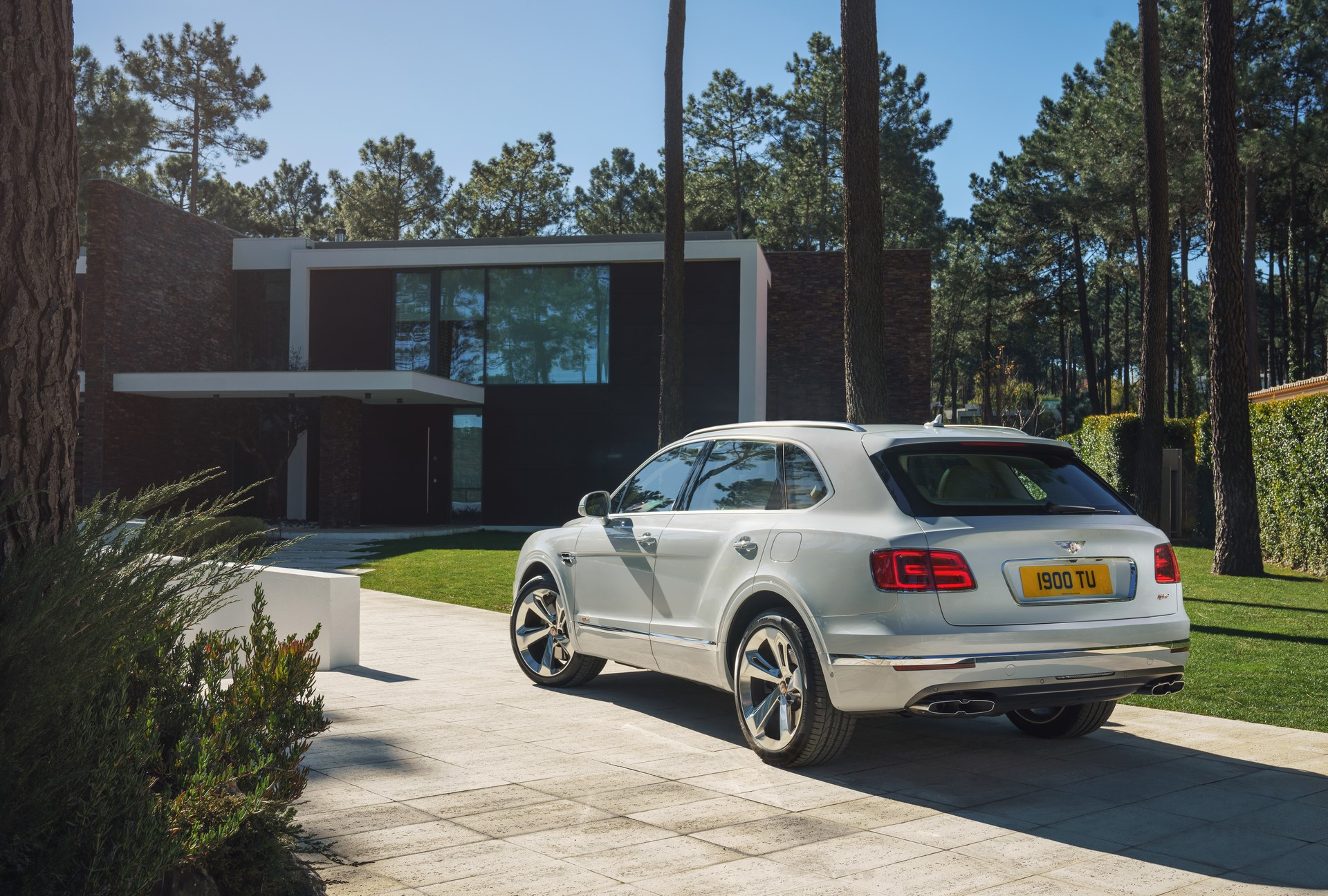 Bentley Bentayga Hybrid - 07