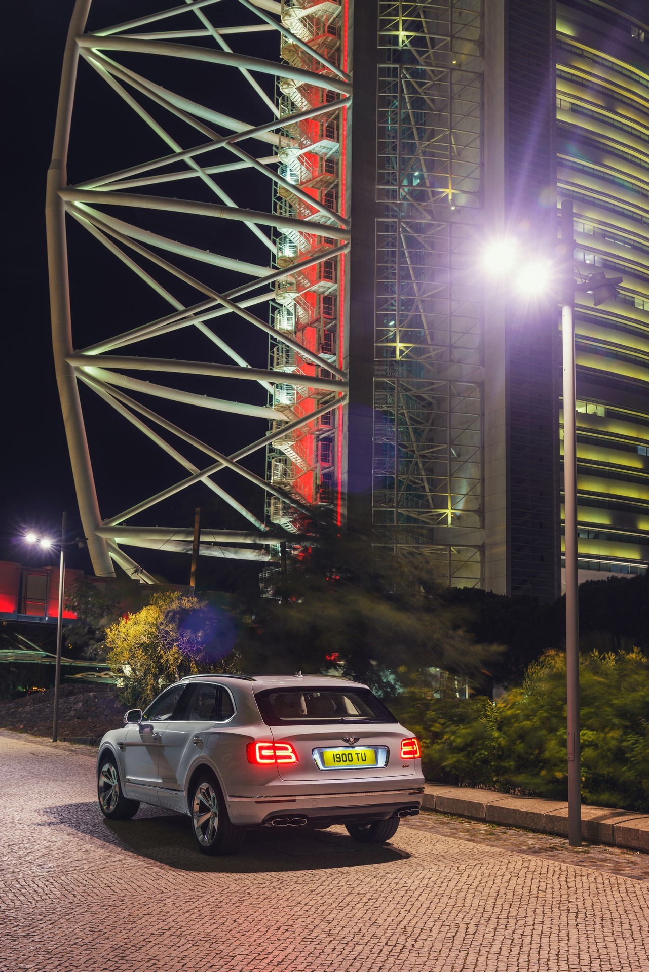 Bentley Bentayga Hybrid - 10