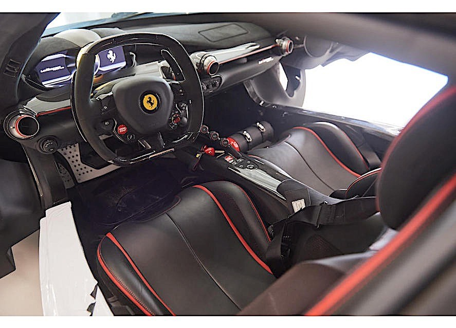 Black Ferrari LaFerrari Aperta in auction (14)