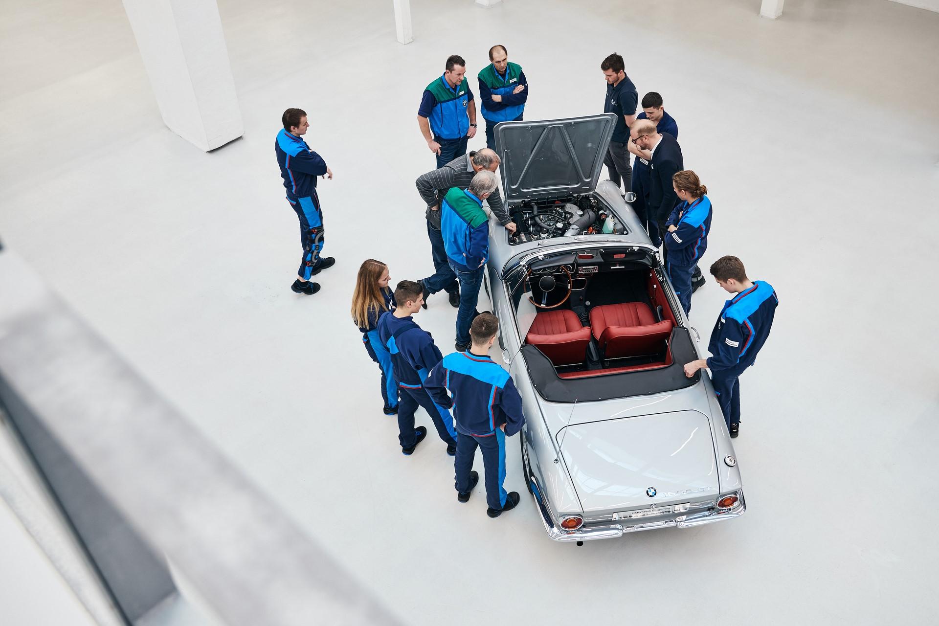 BMW 1600 GT Convertible 1967 (16)