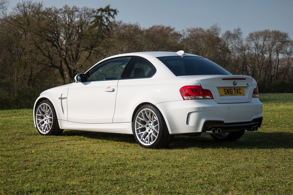 BMW_1M_Coupe_0001