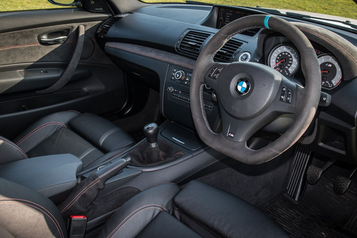BMW_1M_Coupe_0010
