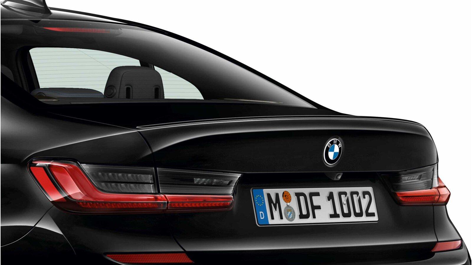BMW 3 Series 2019 leaked photos (19)