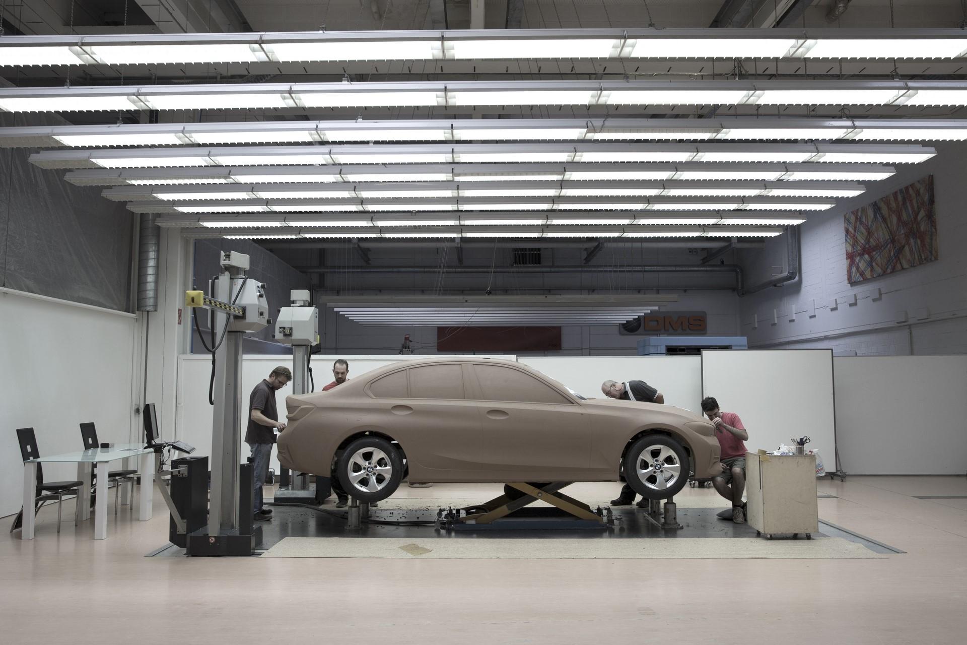 BMW 3-Series 2019 (129)