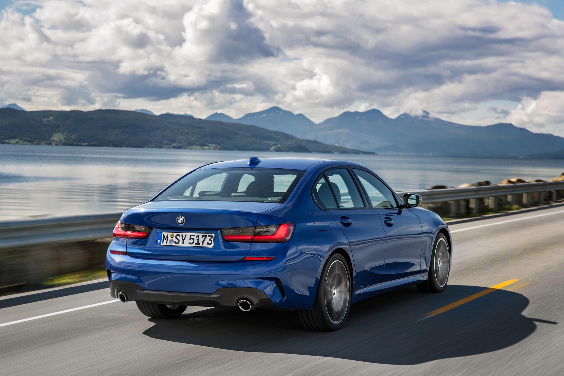 BMW 3-Series 2019 (15)