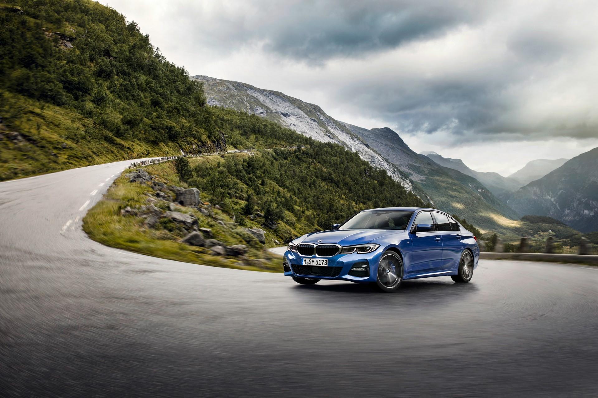 BMW 3-Series 2019 (18)