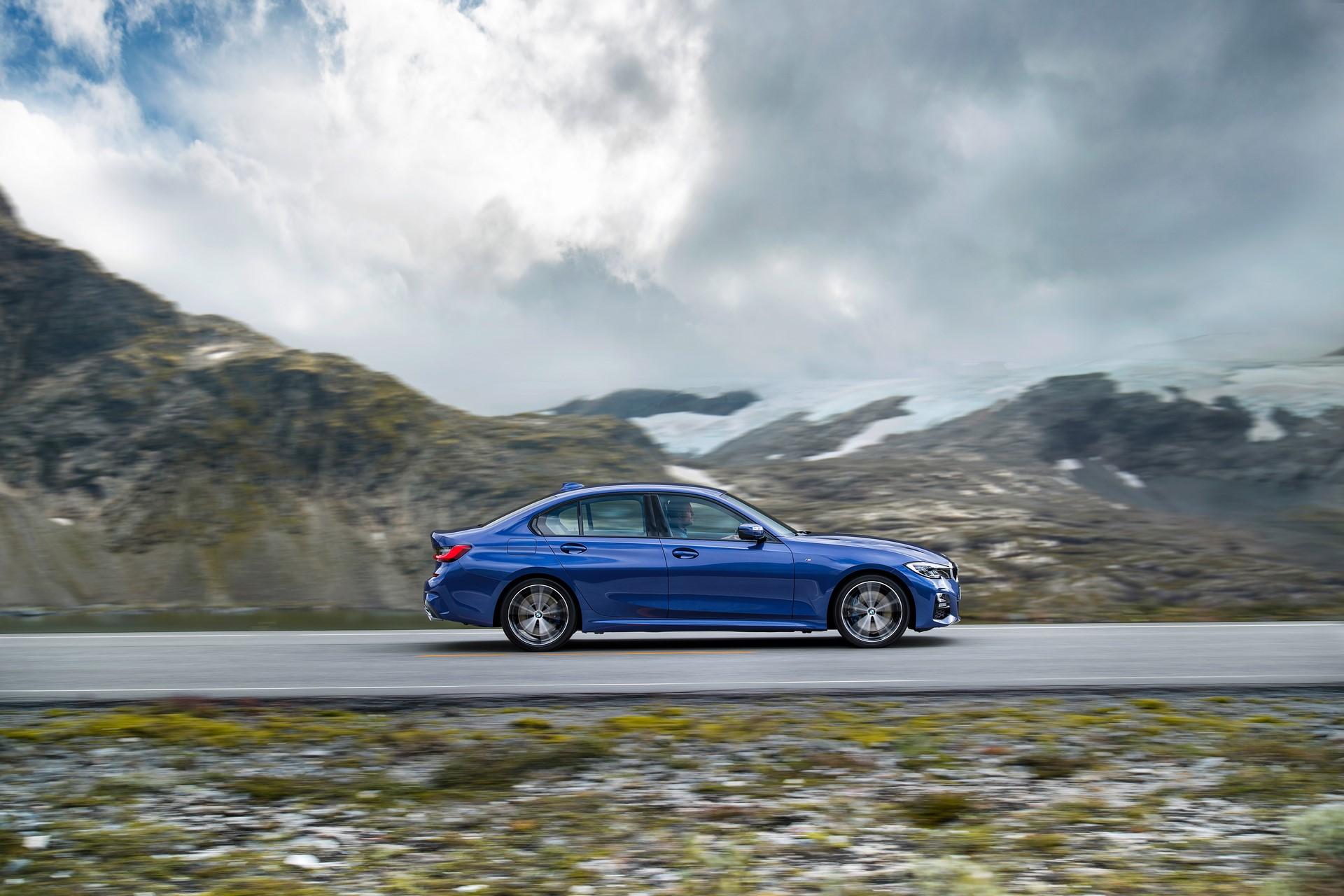 BMW 3-Series 2019 (20)