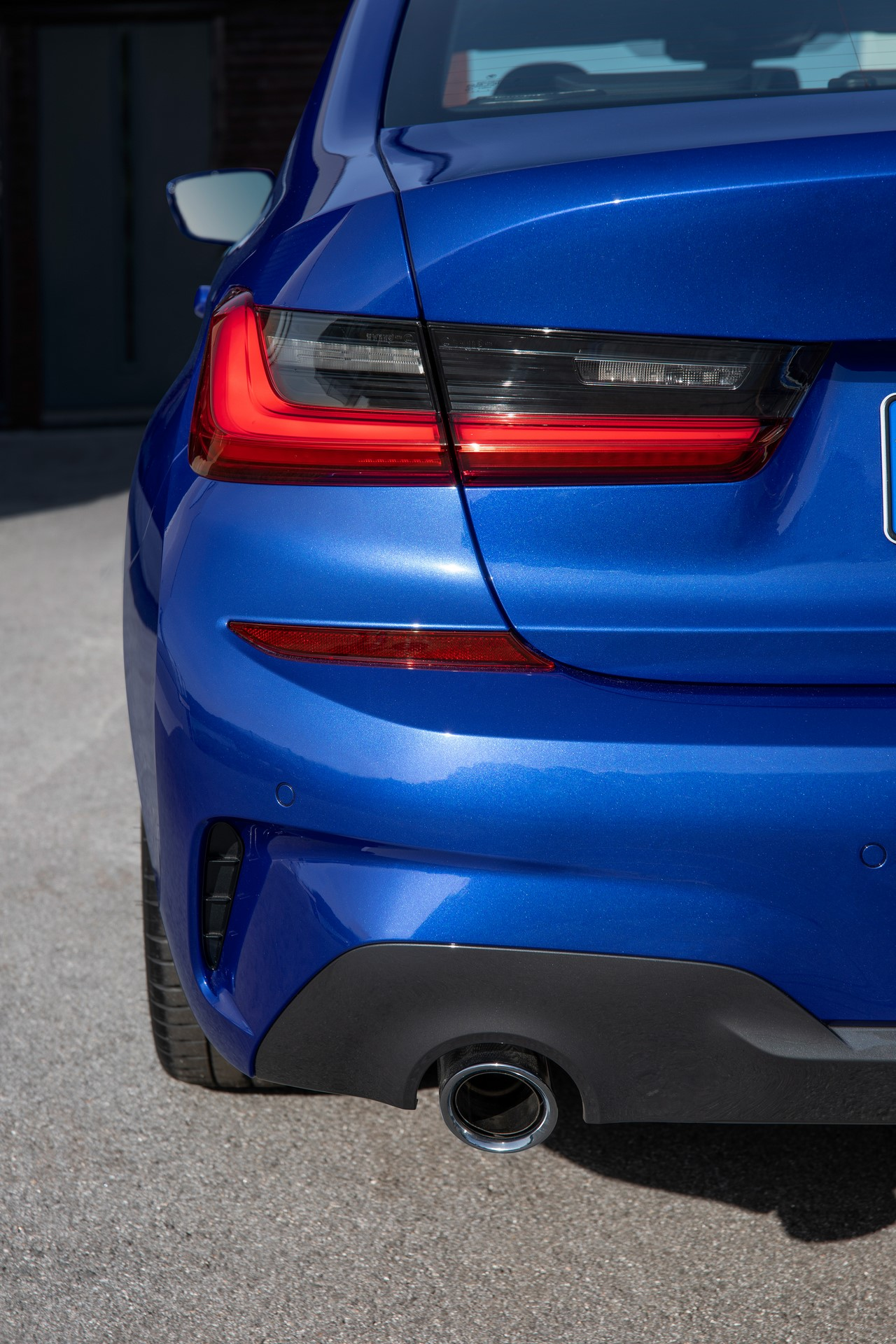 BMW 3-Series 2019 (28)