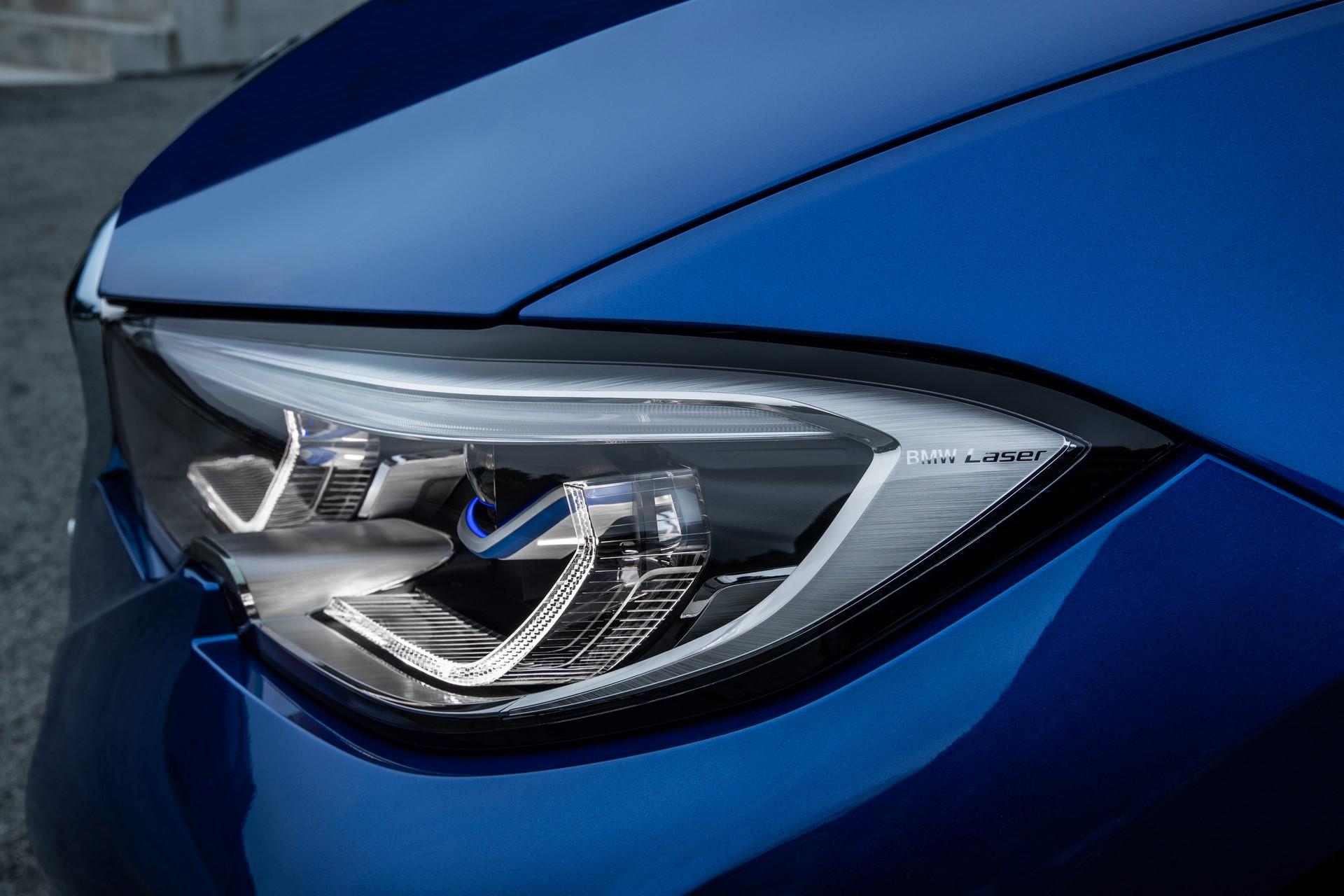 BMW 3-Series 2019 (31)
