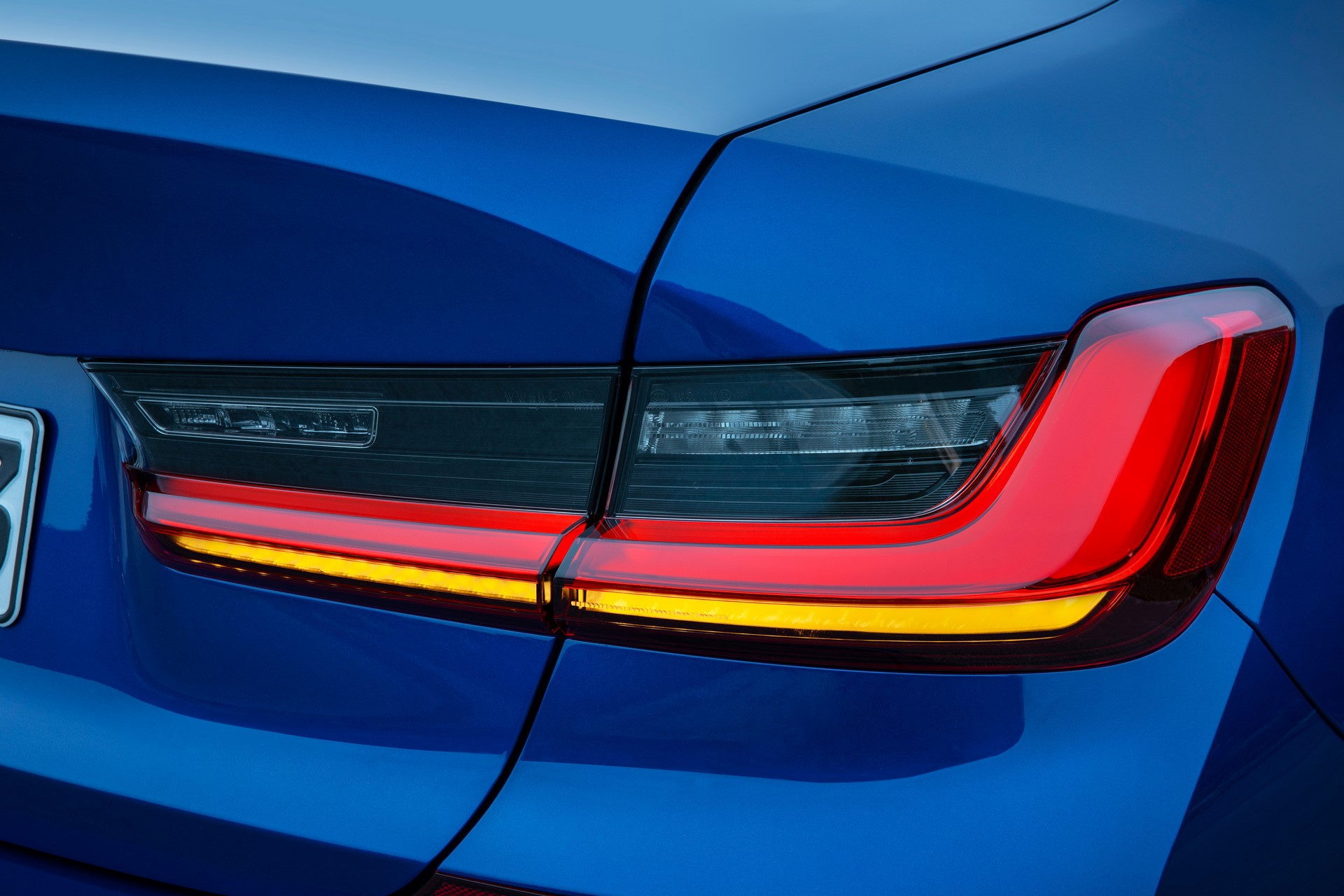 BMW 3-Series 2019 (32)
