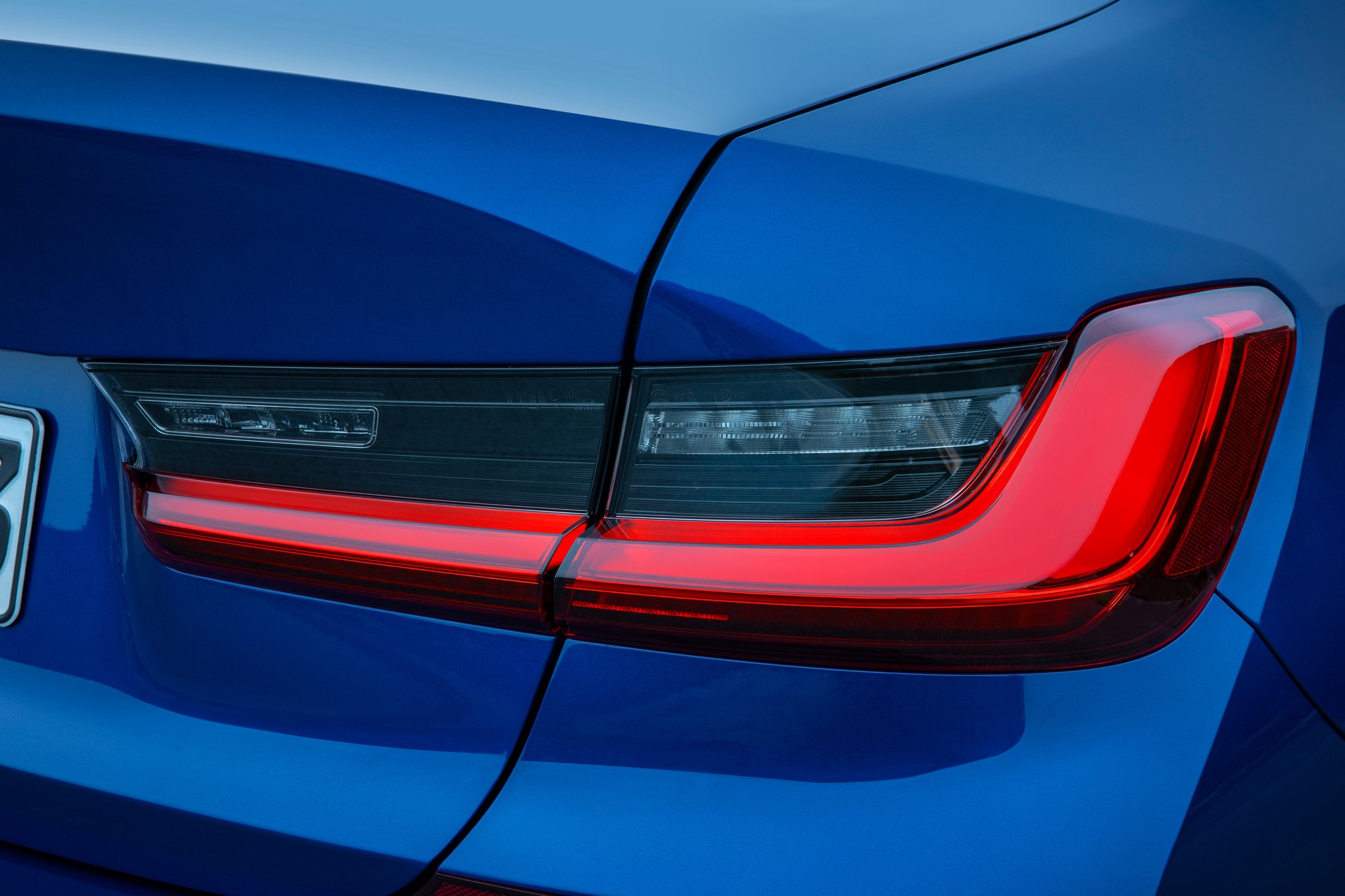 BMW 3-Series 2019 (33)
