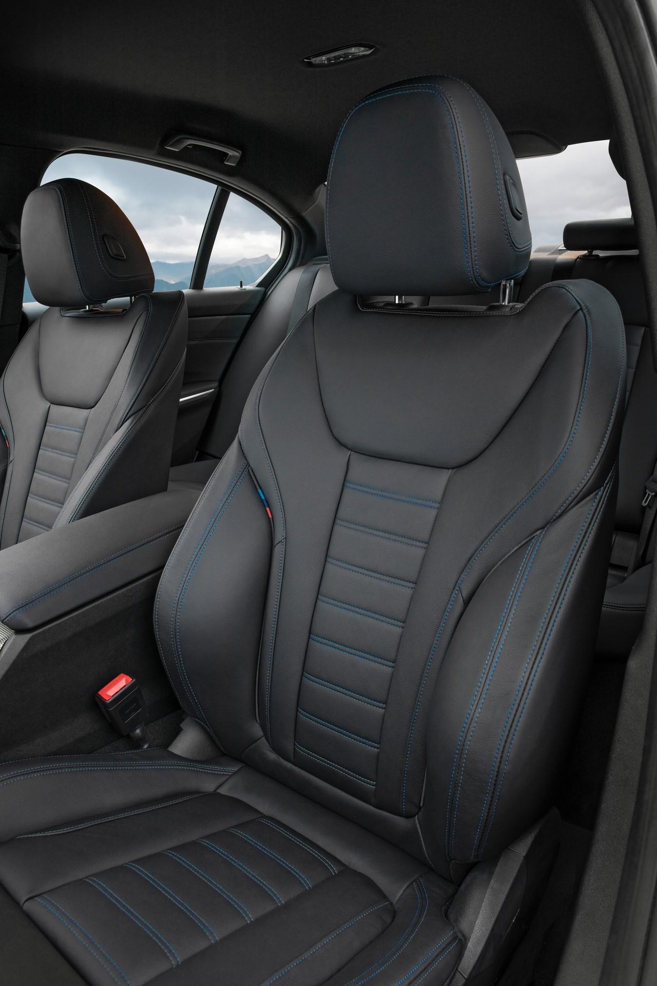 BMW 3-Series 2019 (39)