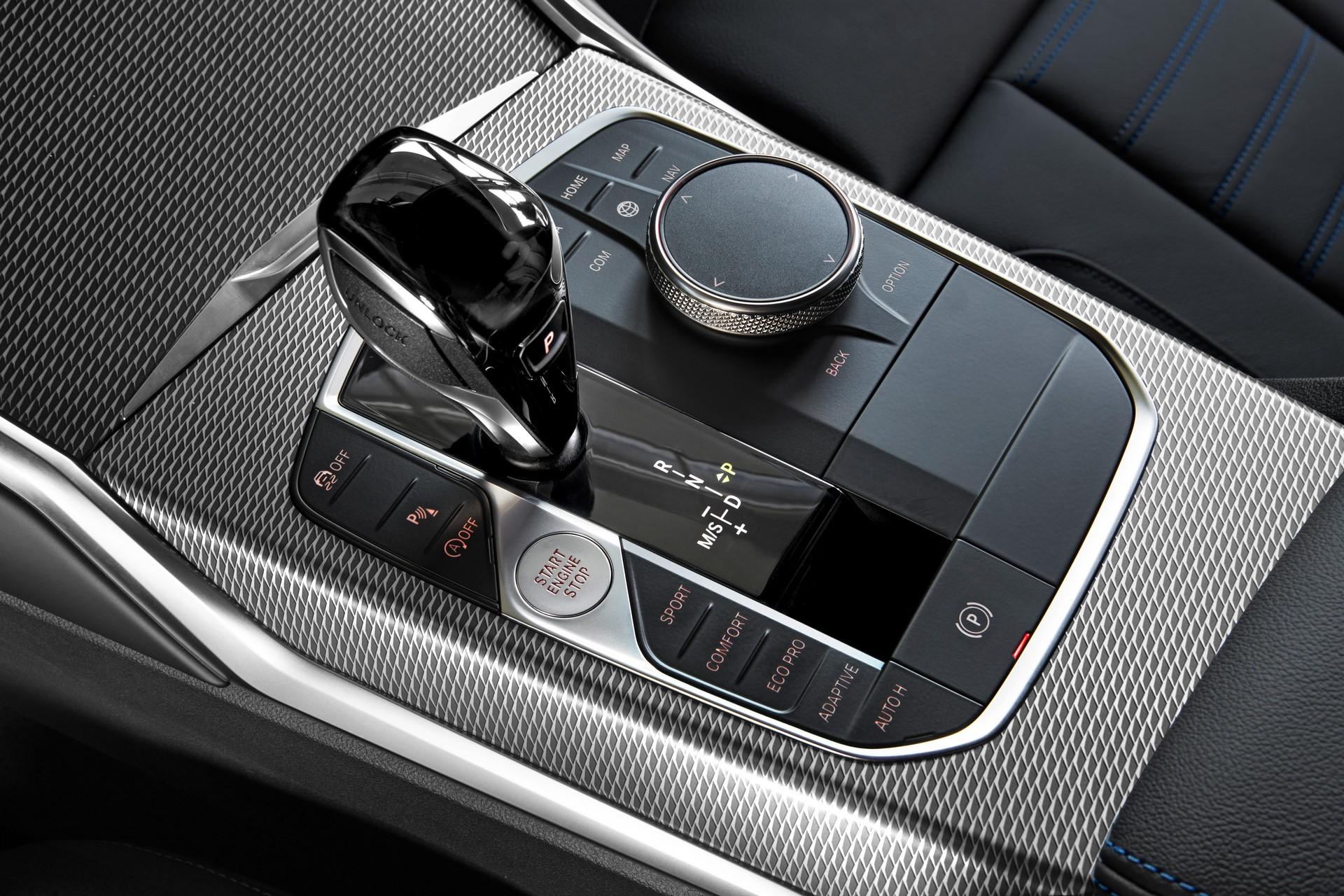 BMW 3-Series 2019 (40)