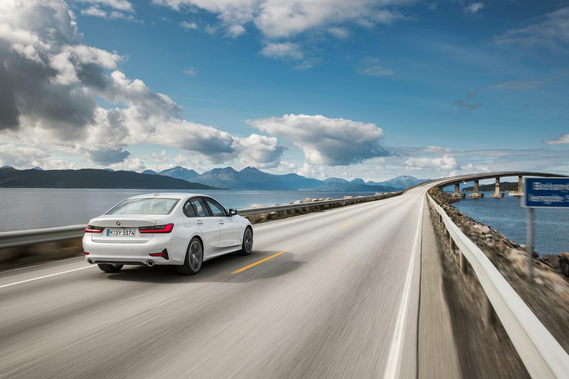 BMW 3-Series 2019 (44)