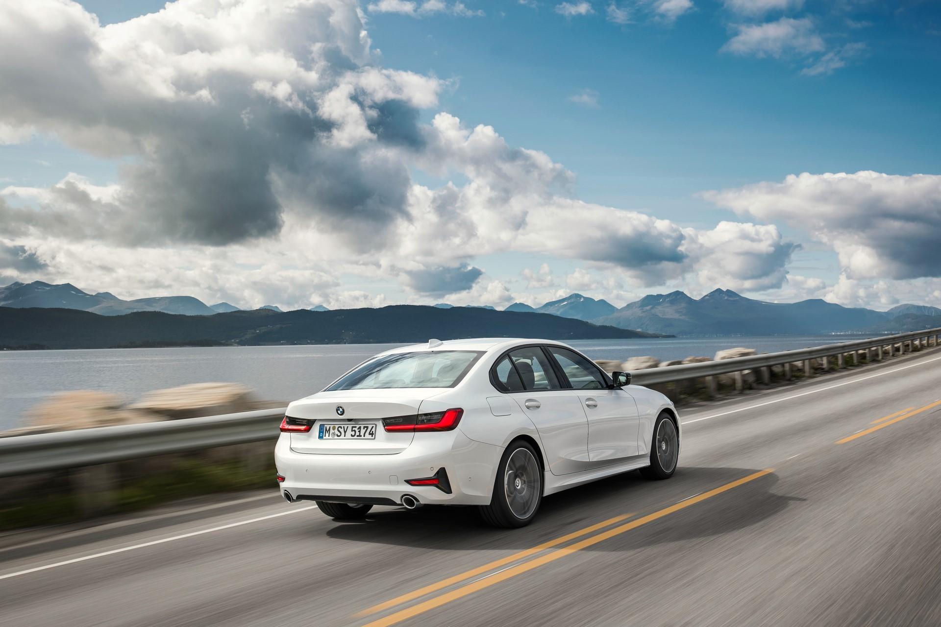 BMW 3-Series 2019 (45)