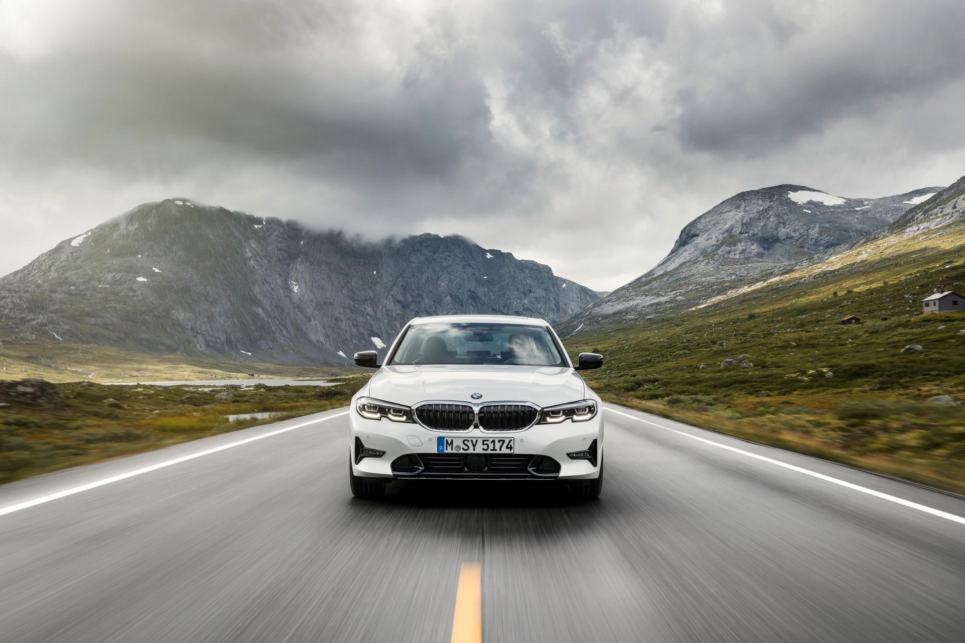 BMW 3-Series 2019 (46)