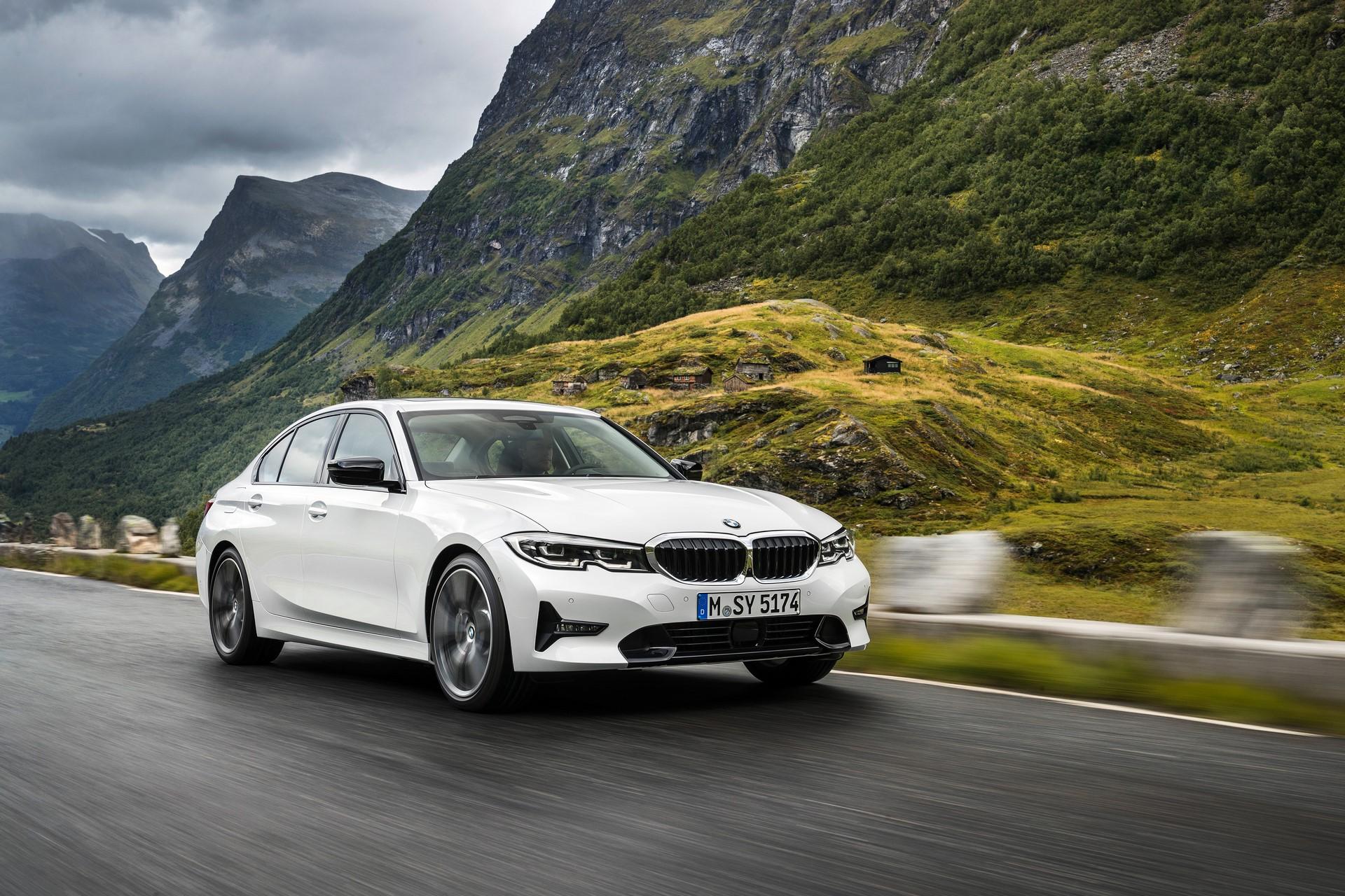 BMW 3-Series 2019 (48)