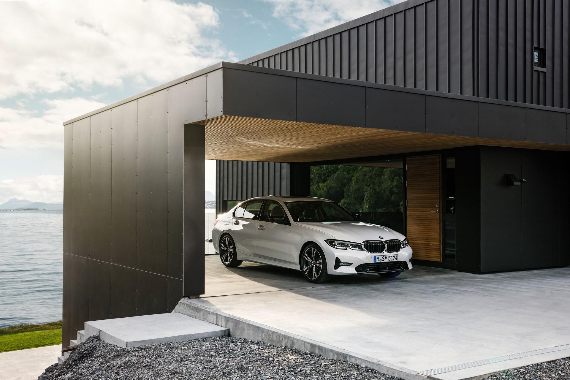 BMW 3-Series 2019 (52)