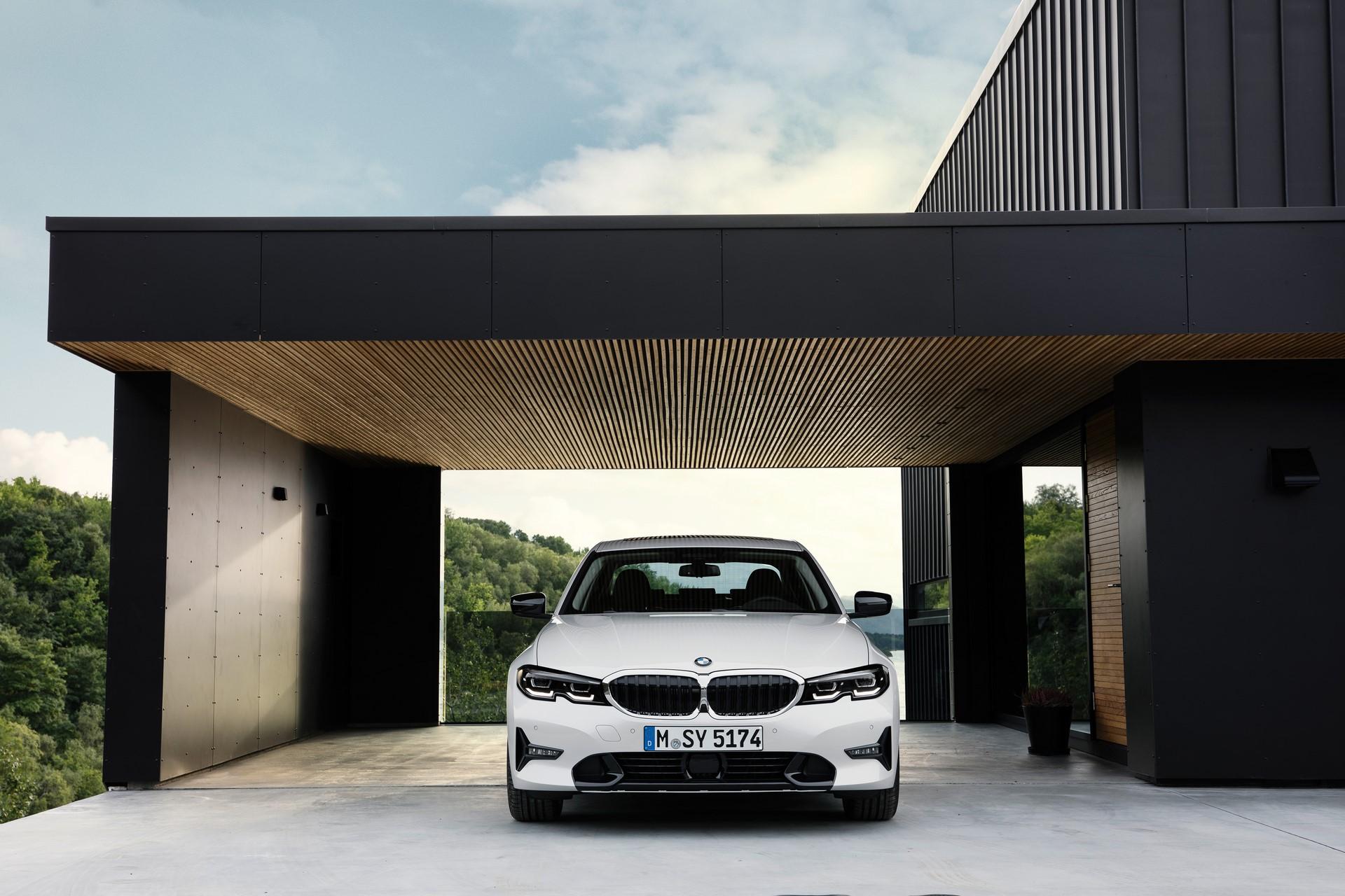 BMW 3-Series 2019 (53)