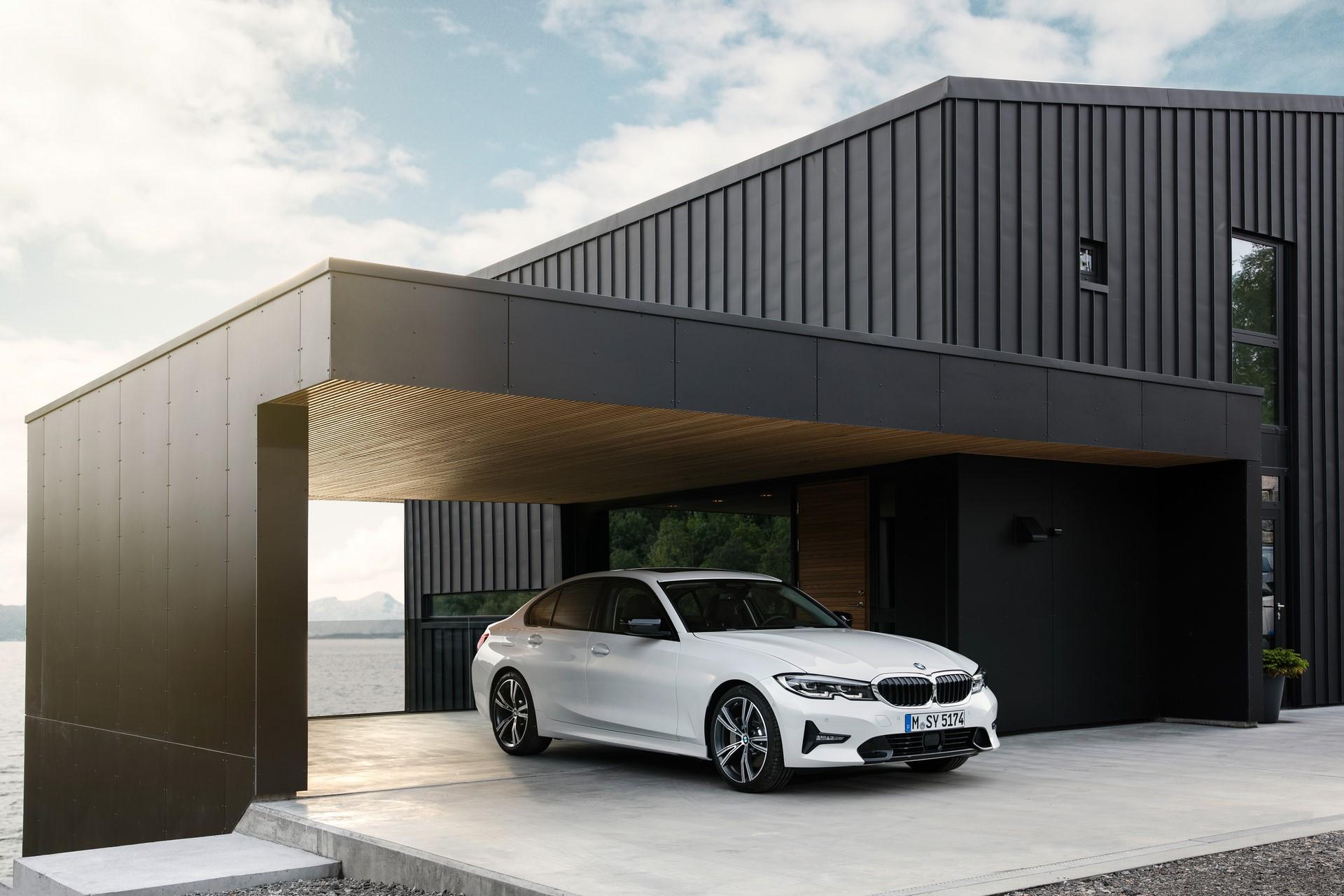 BMW 3-Series 2019 (54)