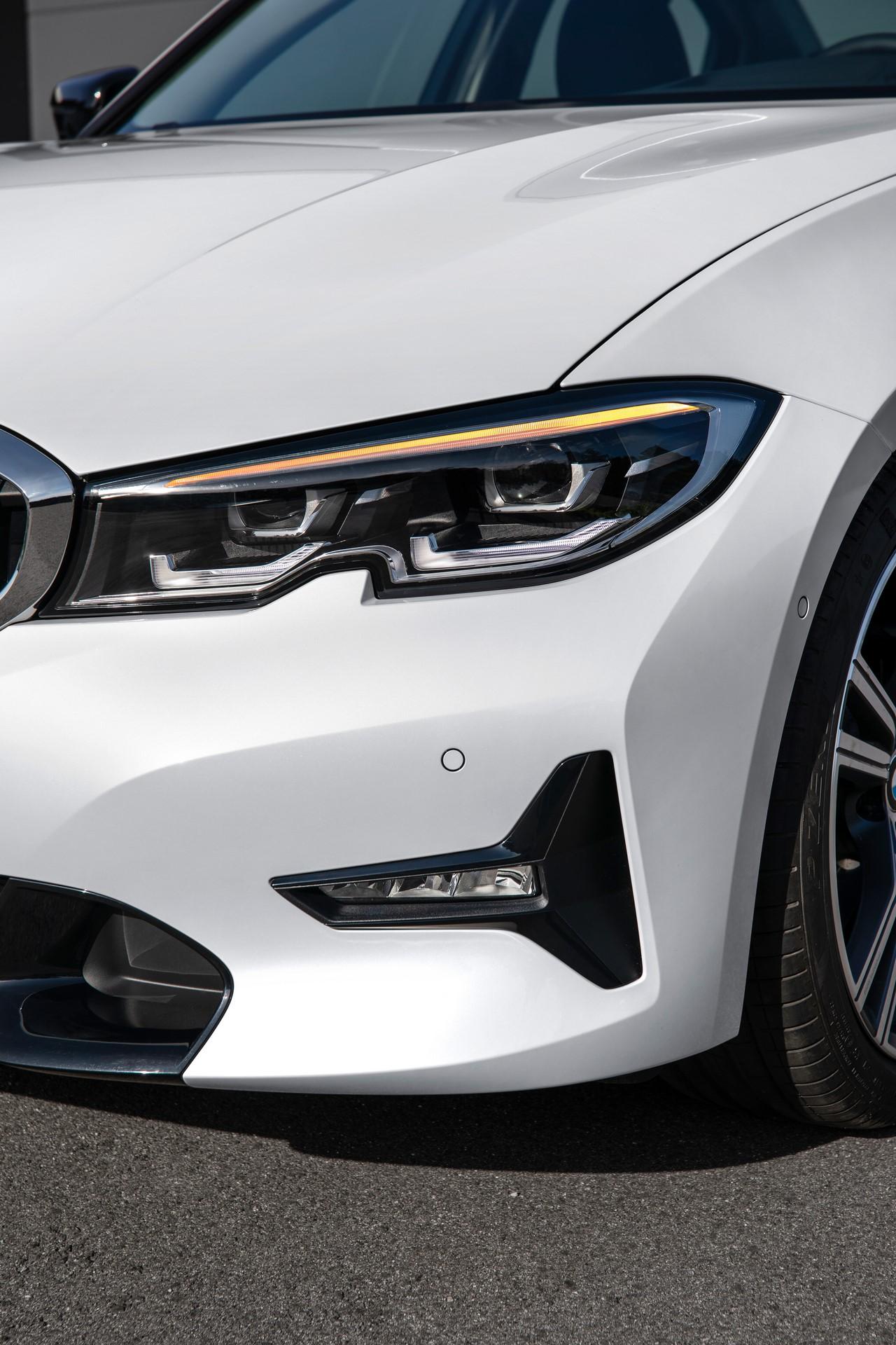 BMW 3-Series 2019 (68)