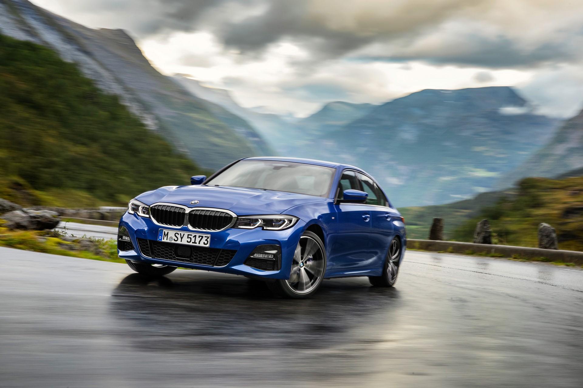 BMW 3-Series 2019 (7)