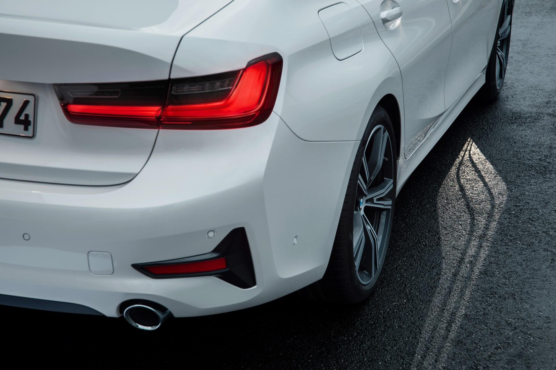 BMW 3-Series 2019 (72)