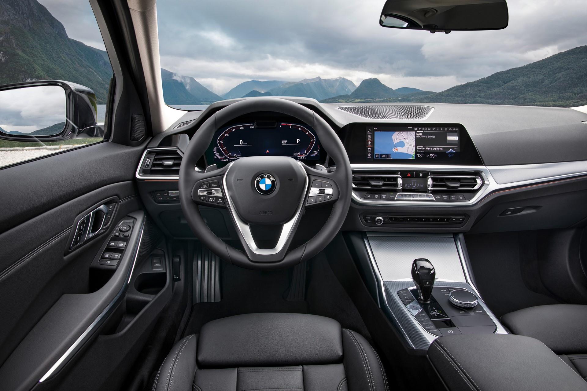 BMW 3-Series 2019 (75)