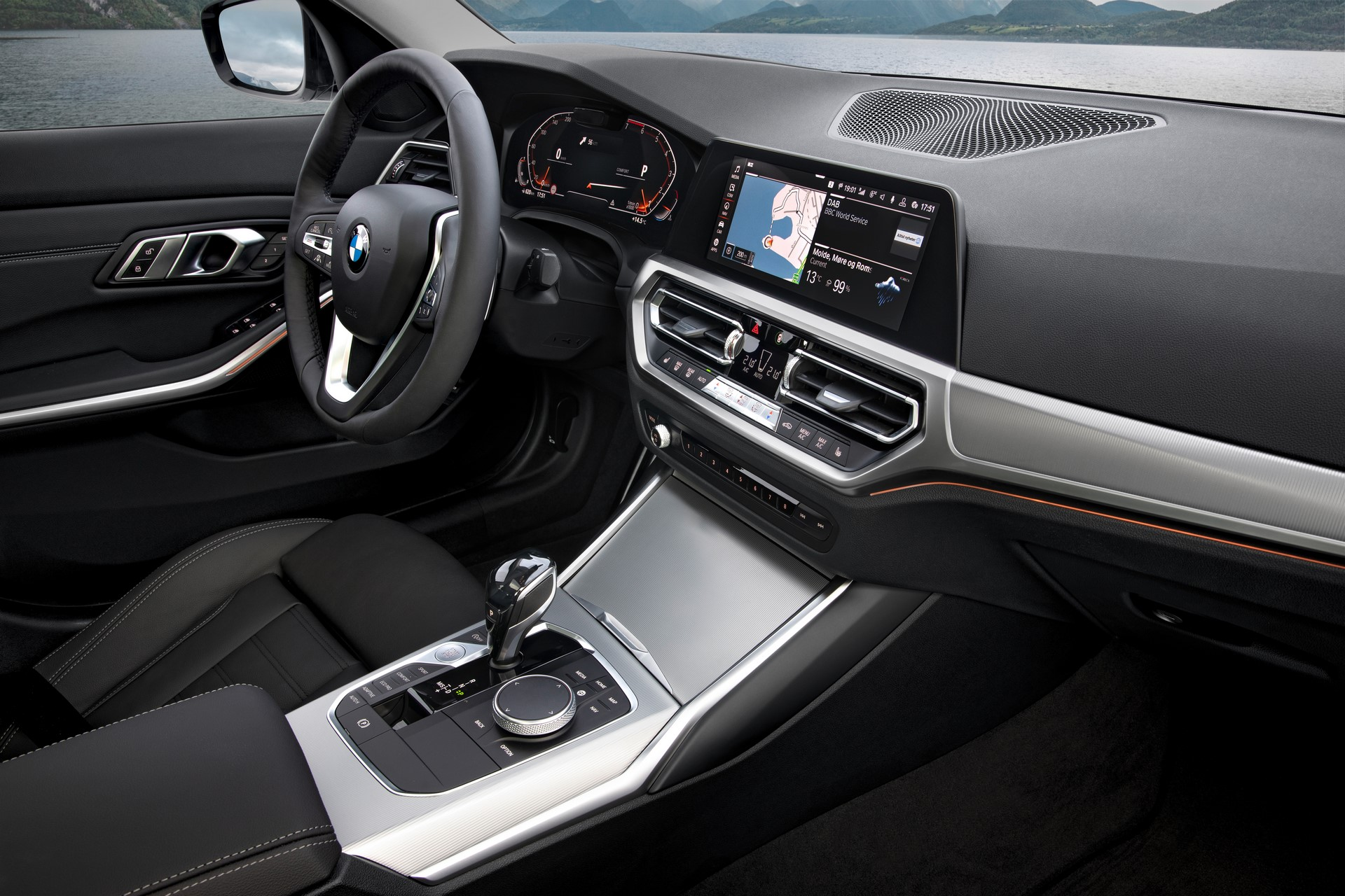 BMW 3-Series 2019 (76)