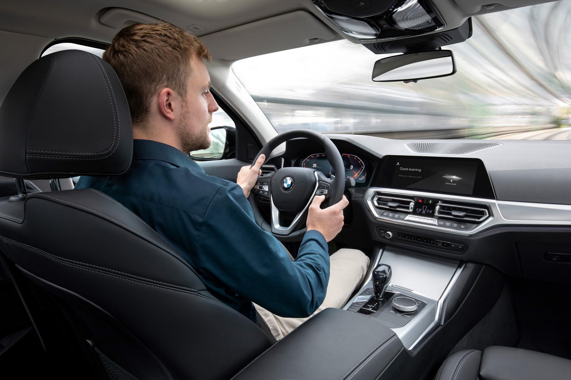 BMW 3-Series 2019 (93)