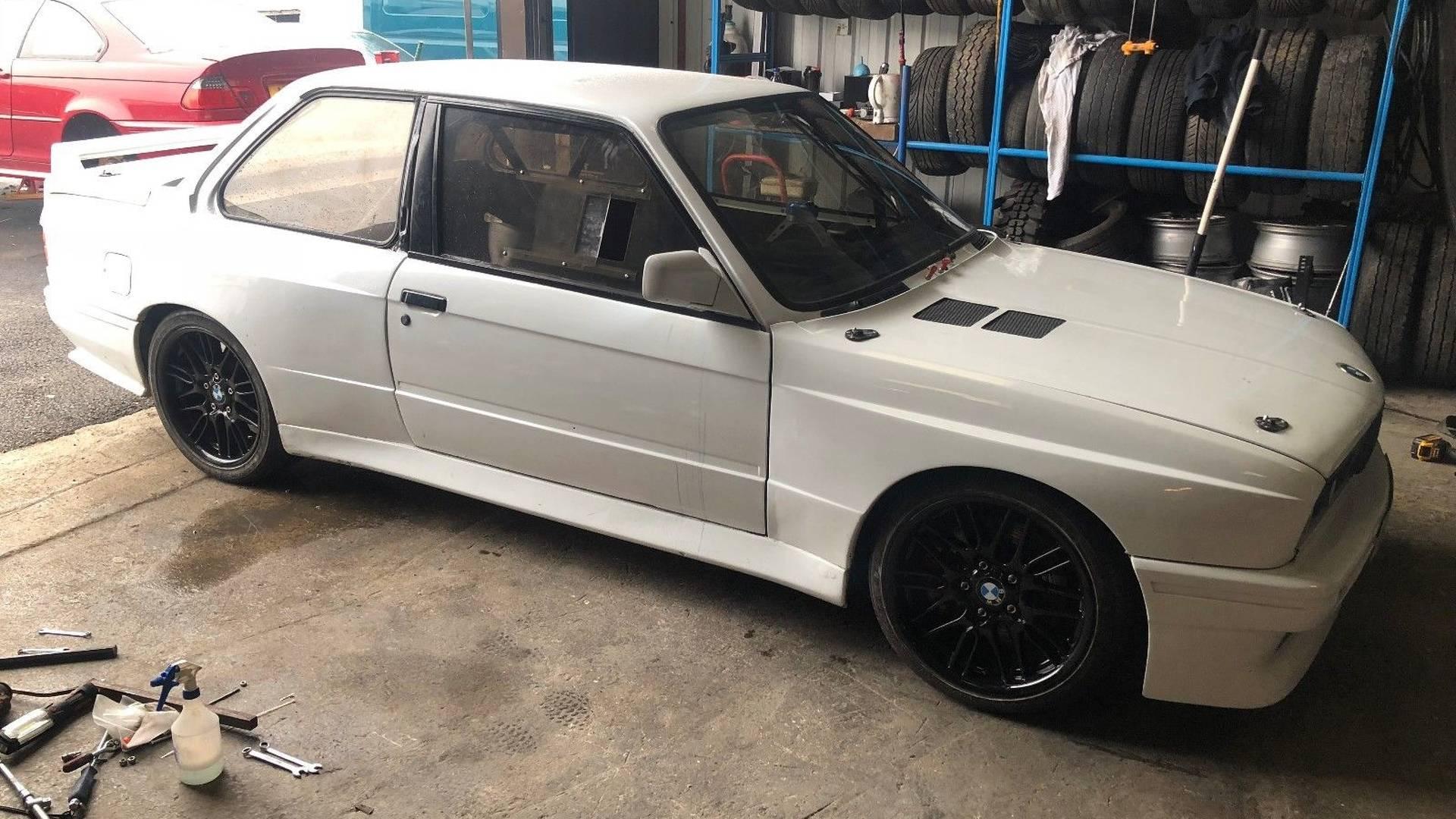 BMW_3_Series_Honda_S2000_engine_0001