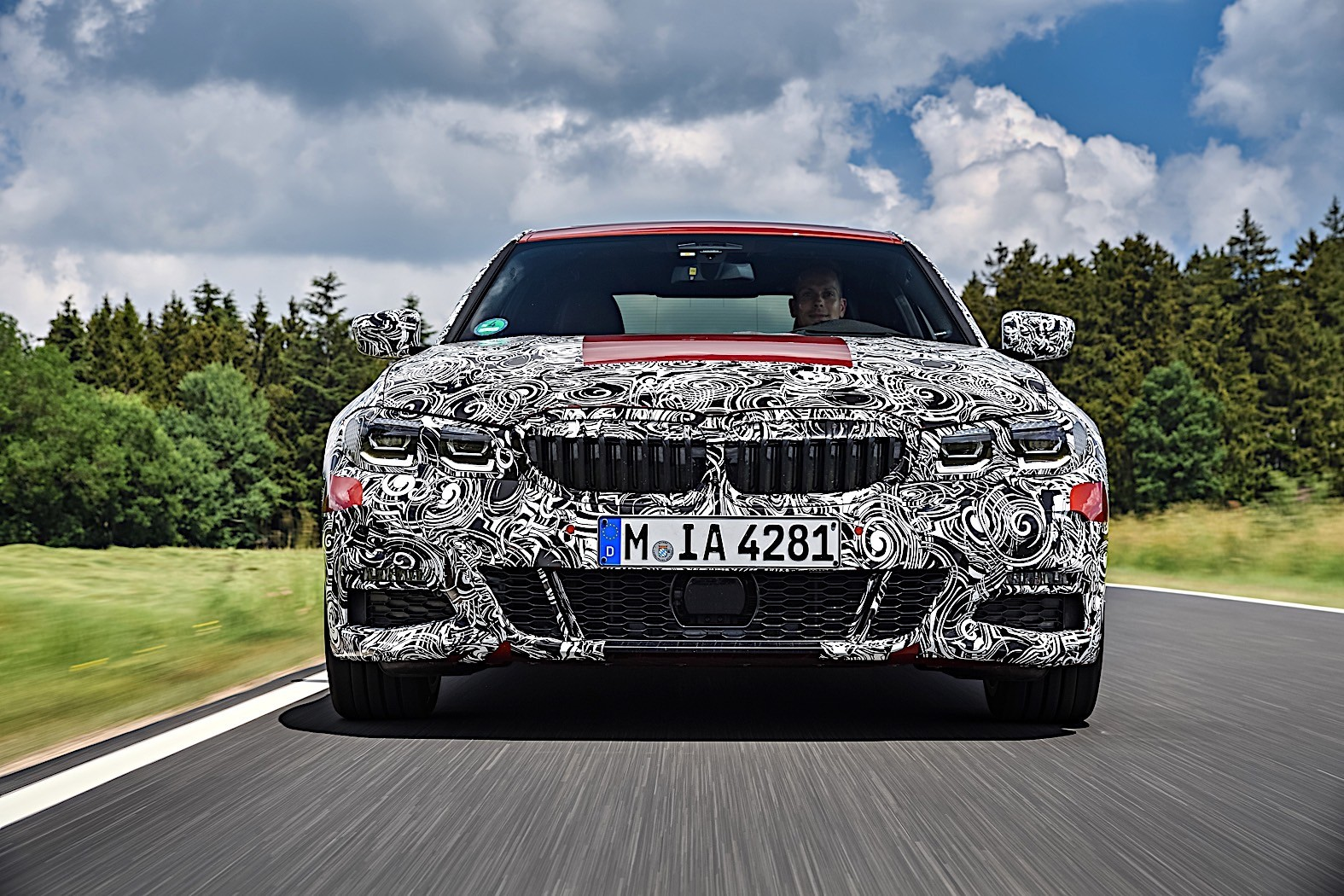 BMW 3-Series 2019 official spy photos 13