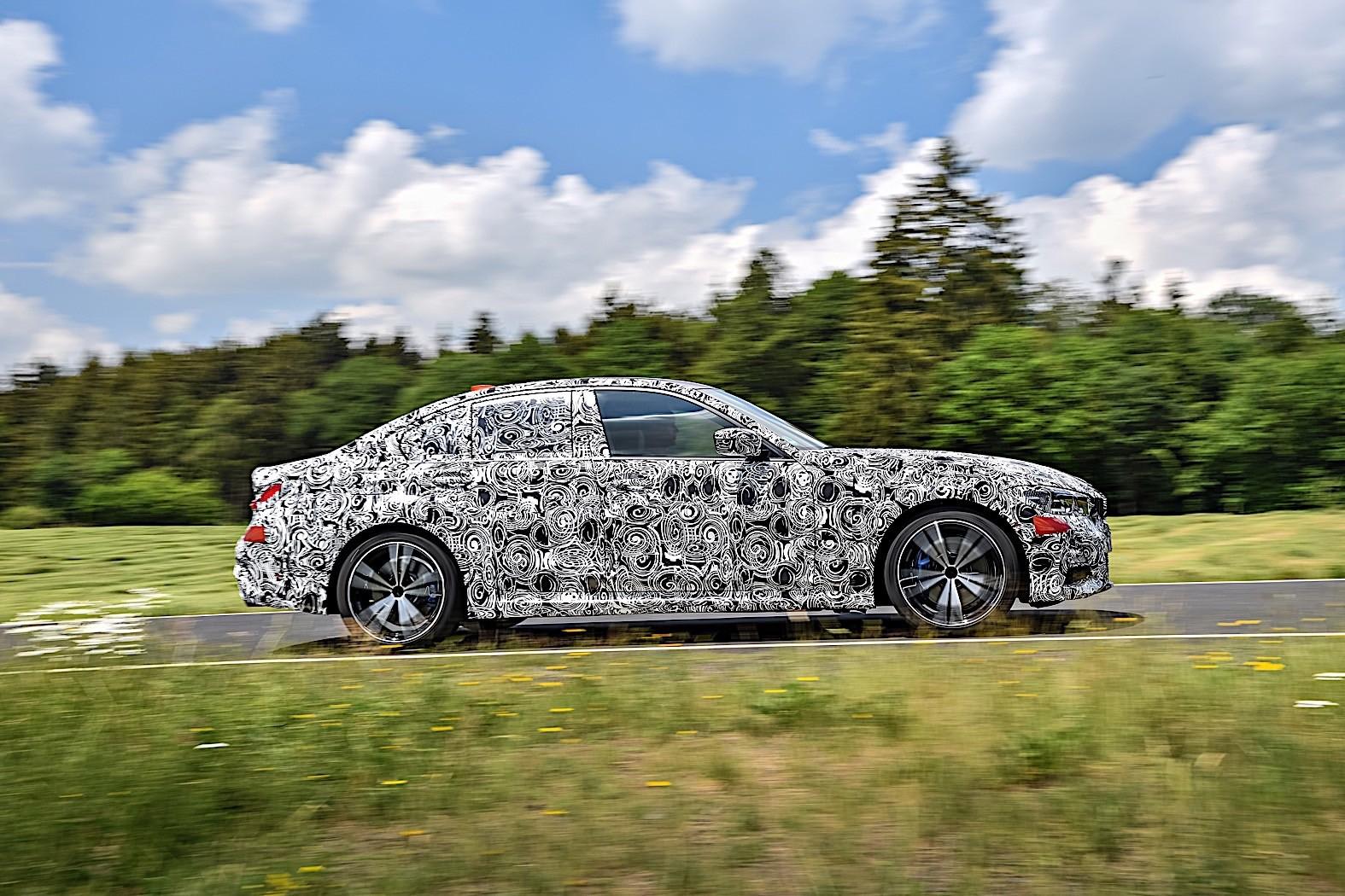 BMW 3-Series 2019 official spy photos 18