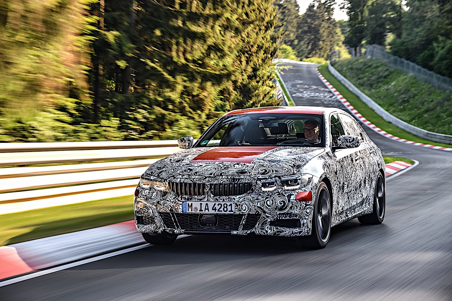 BMW 3-Series 2019 official spy photos 2