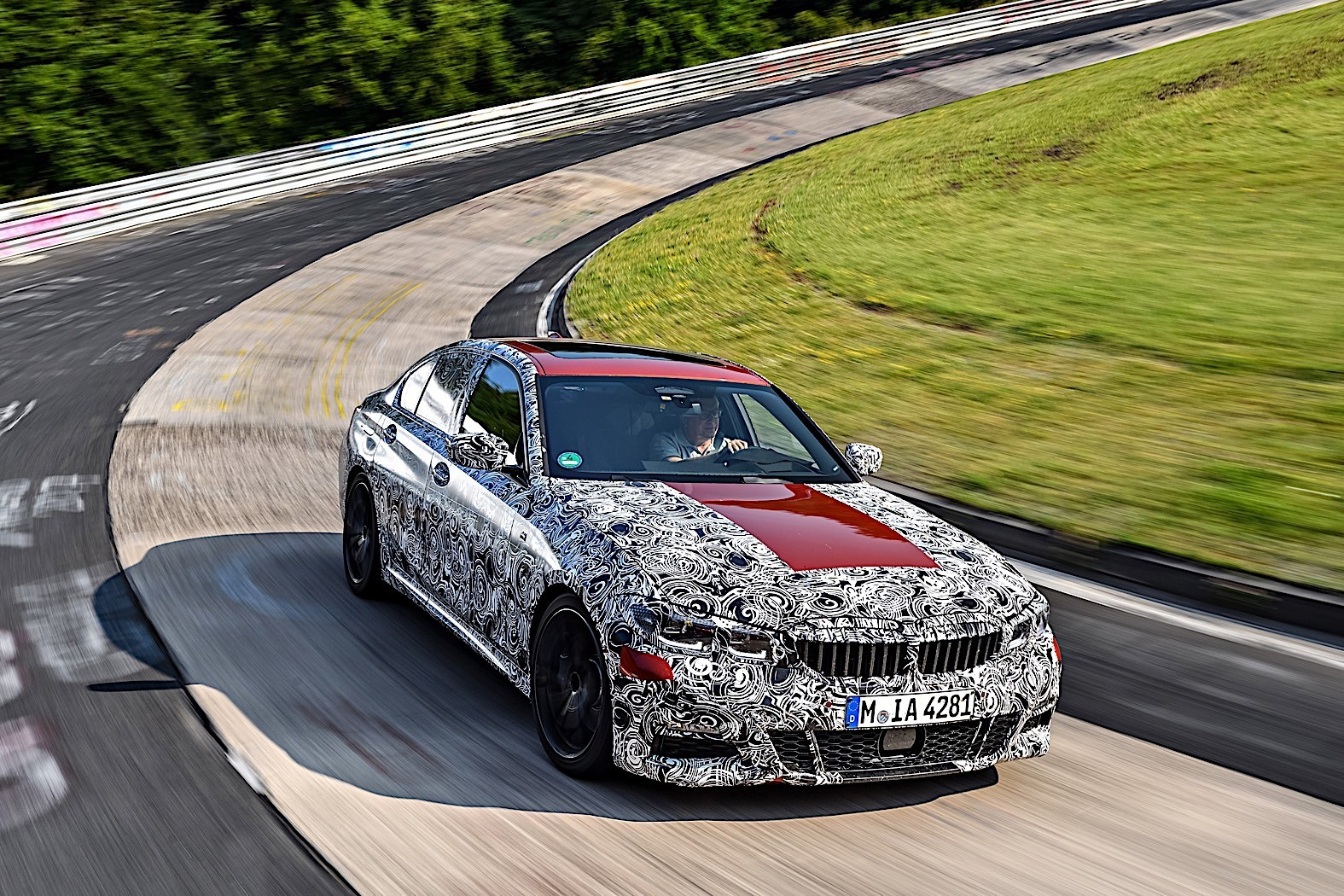 BMW 3-Series 2019 official spy photos 25