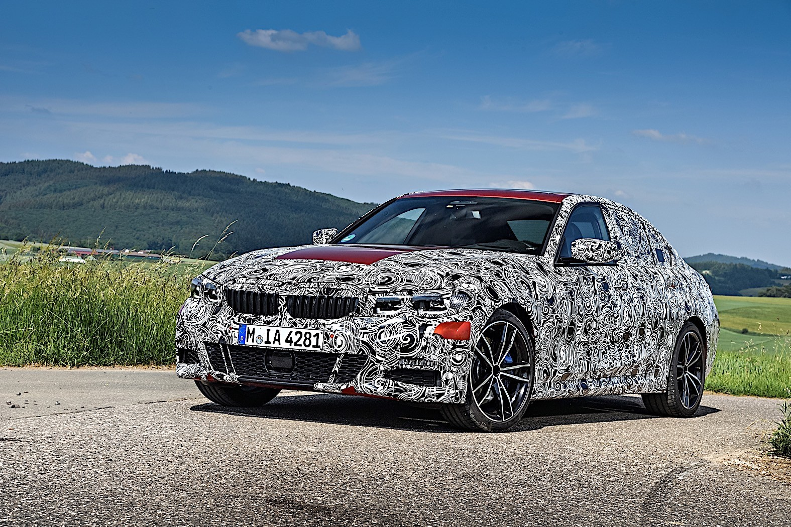 BMW 3-Series 2019 official spy photos 33