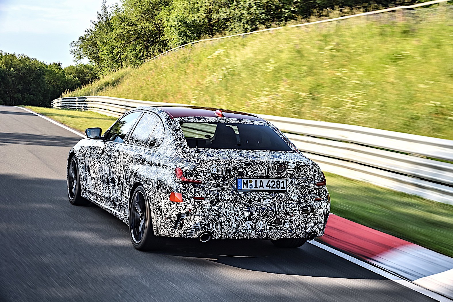 BMW 3-Series 2019 official spy photos 34