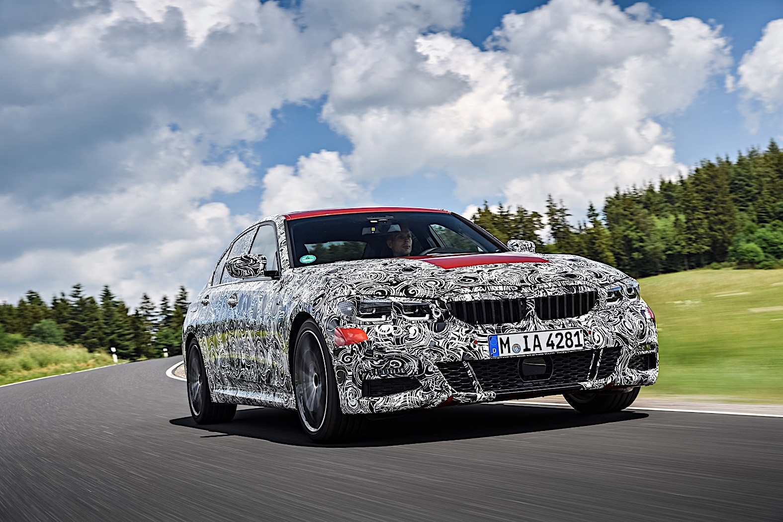BMW 3-Series 2019 official spy photos 36