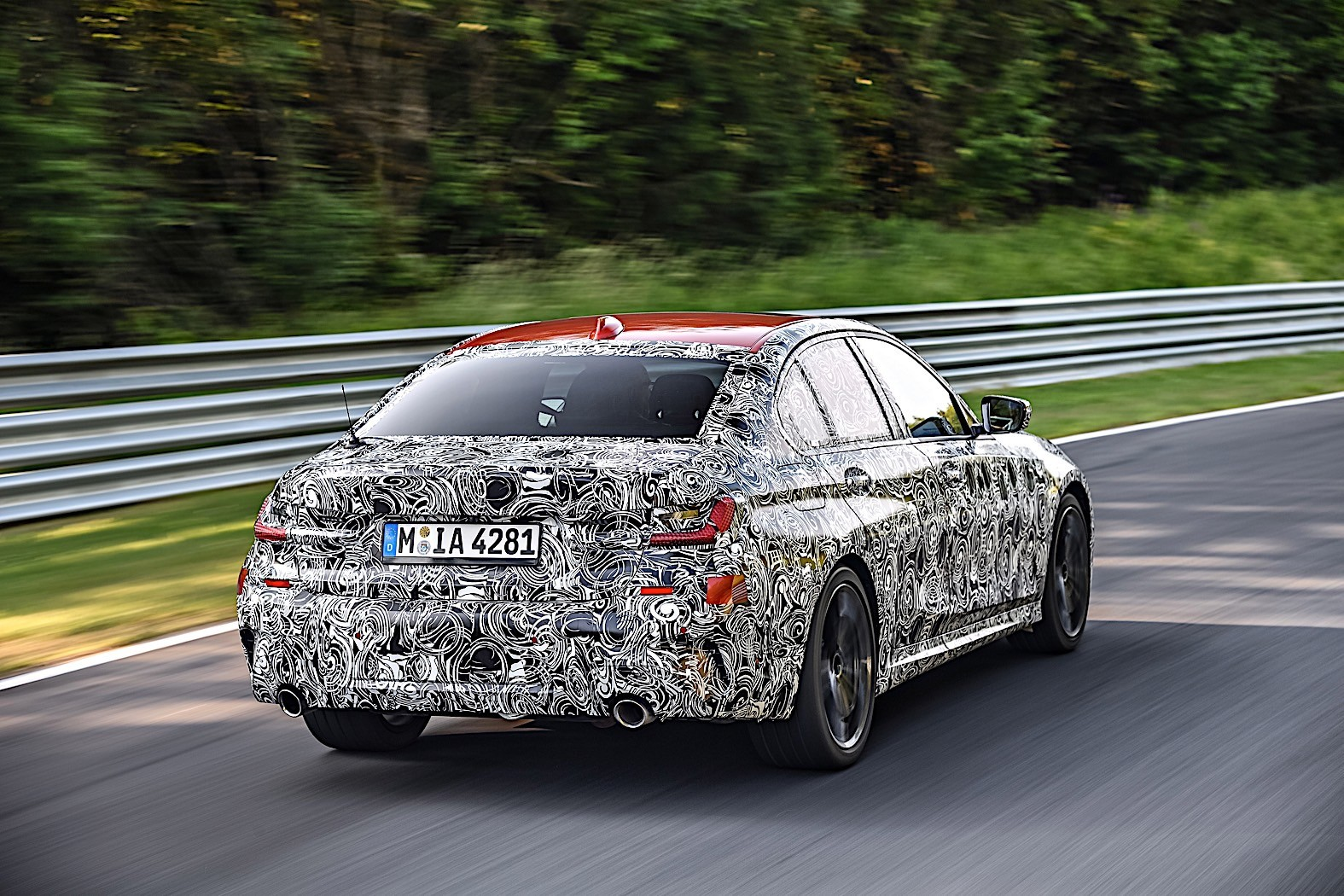 BMW 3-Series 2019 official spy photos 5