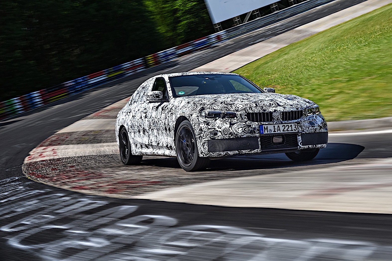BMW 3-Series 2019 official spy photos 7