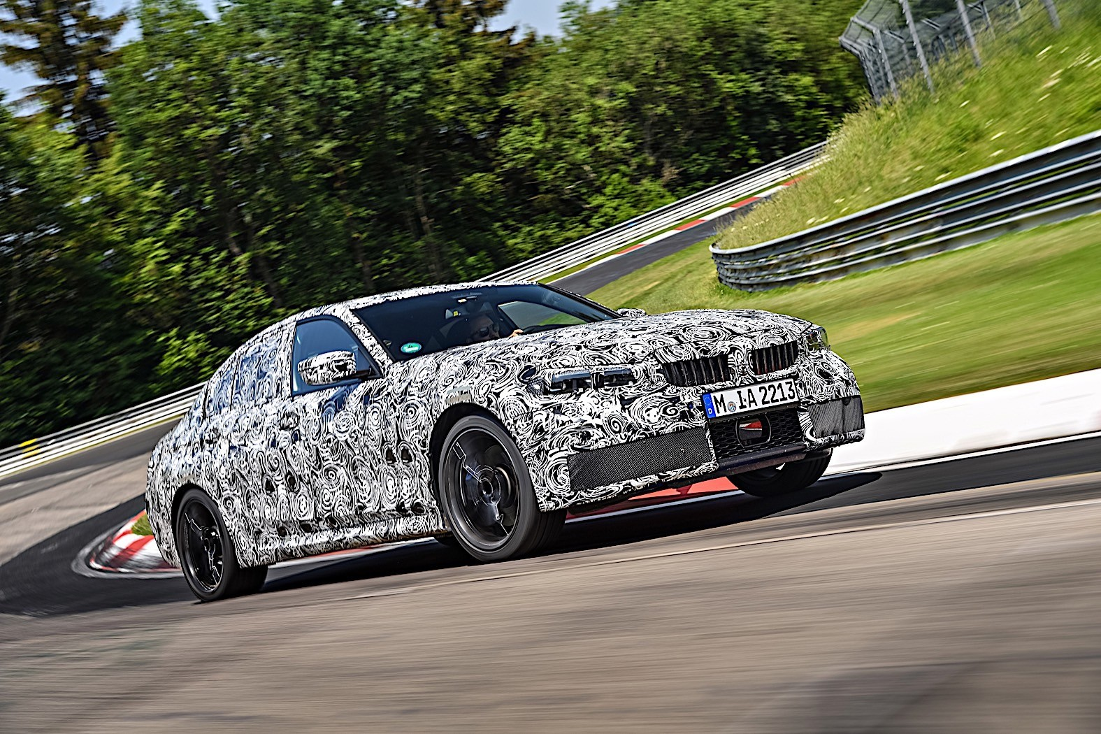 BMW 3-Series 2019 official spy photos 8