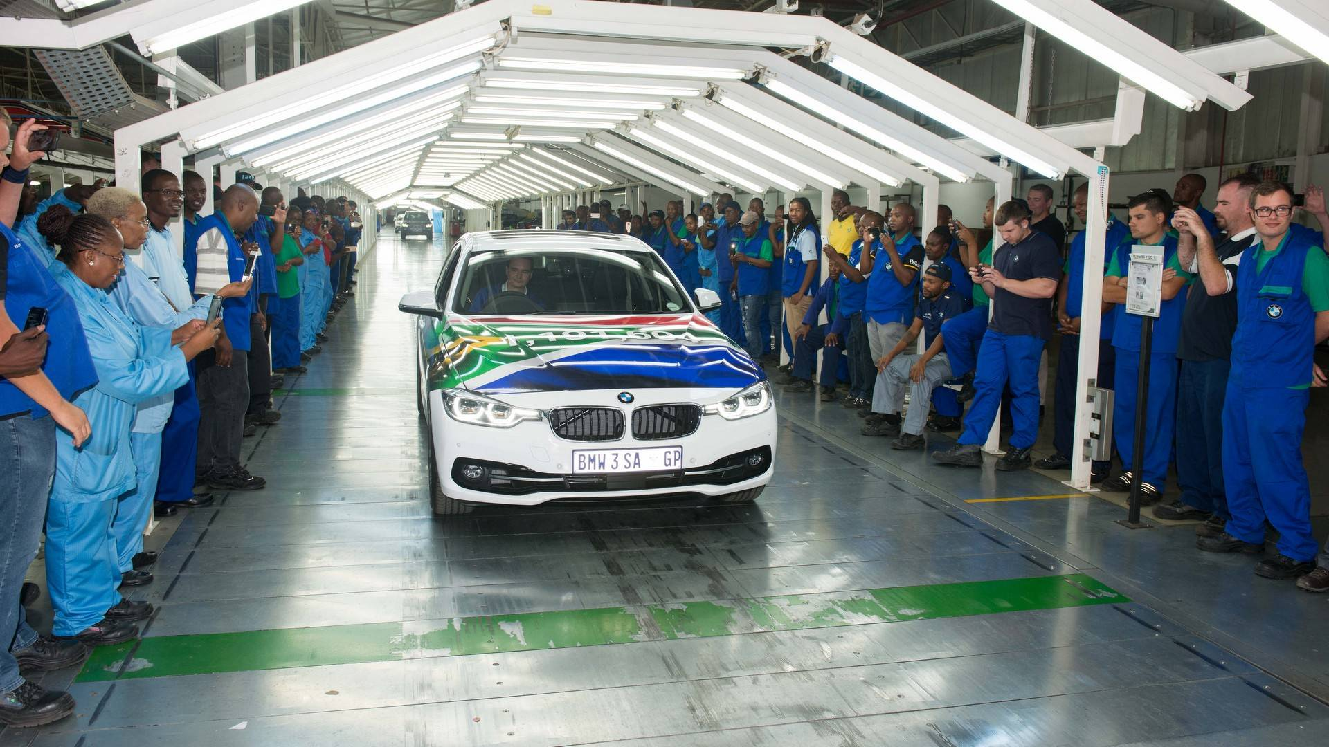 BMW_3_Series_built_Rosslyn_factory_South_Africa_0001