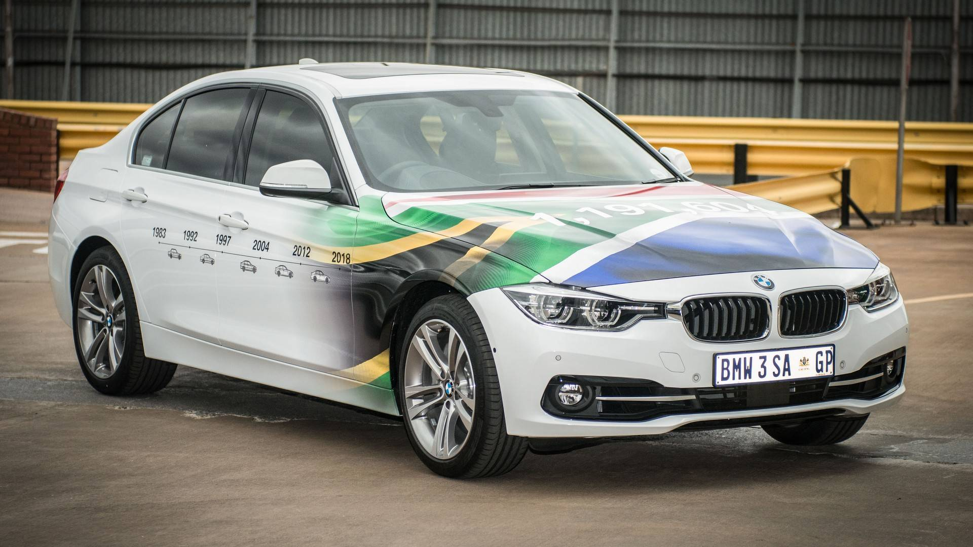 BMW_3_Series_built_Rosslyn_factory_South_Africa_0002
