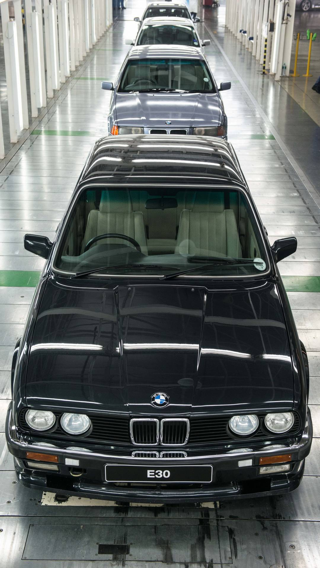 BMW_3_Series_built_Rosslyn_factory_South_Africa_0005
