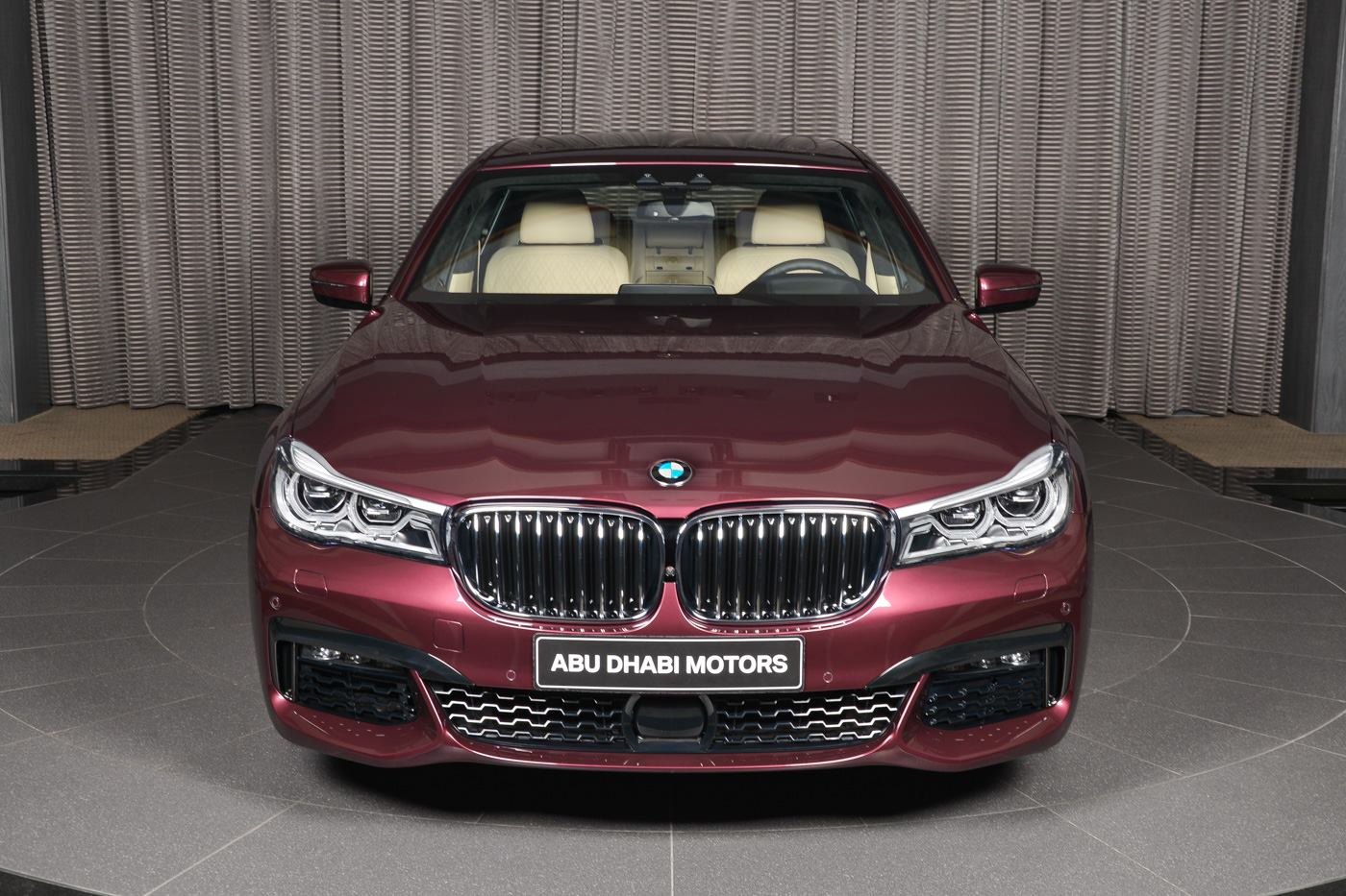 BMW_740Li_Wildberry_05