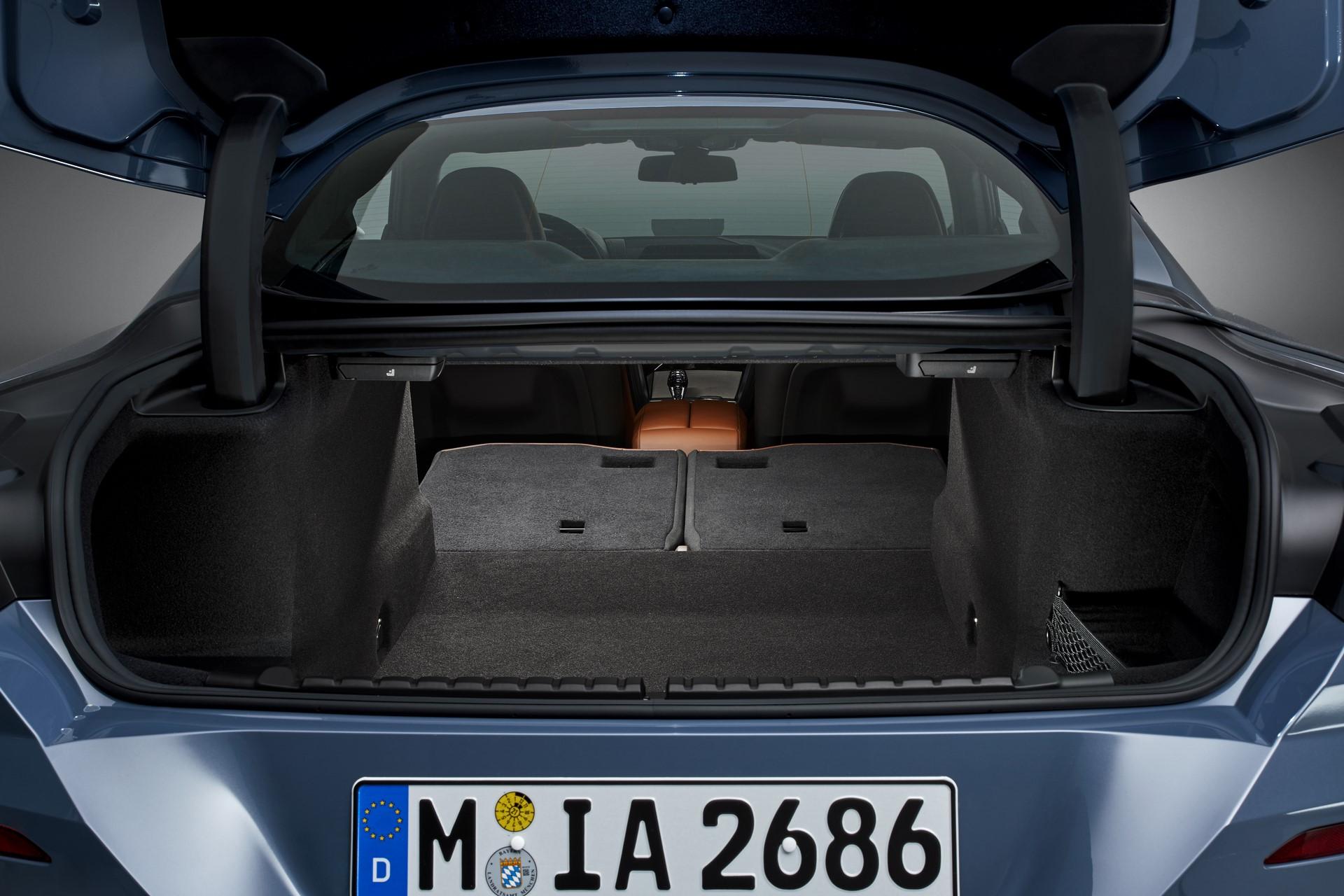 BMW 8-Series 2019 (80)