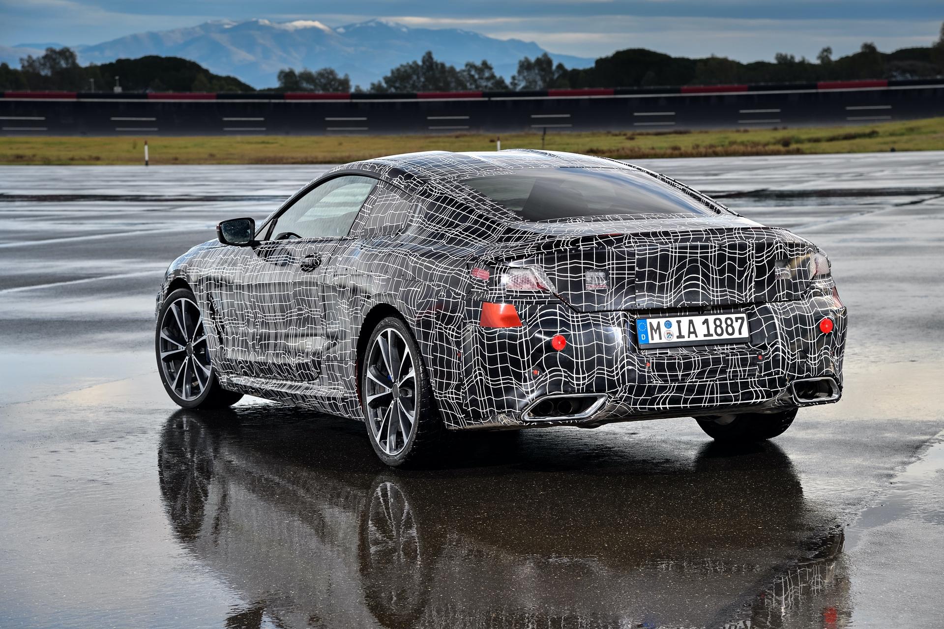 BMW_8_Series_camo_0001