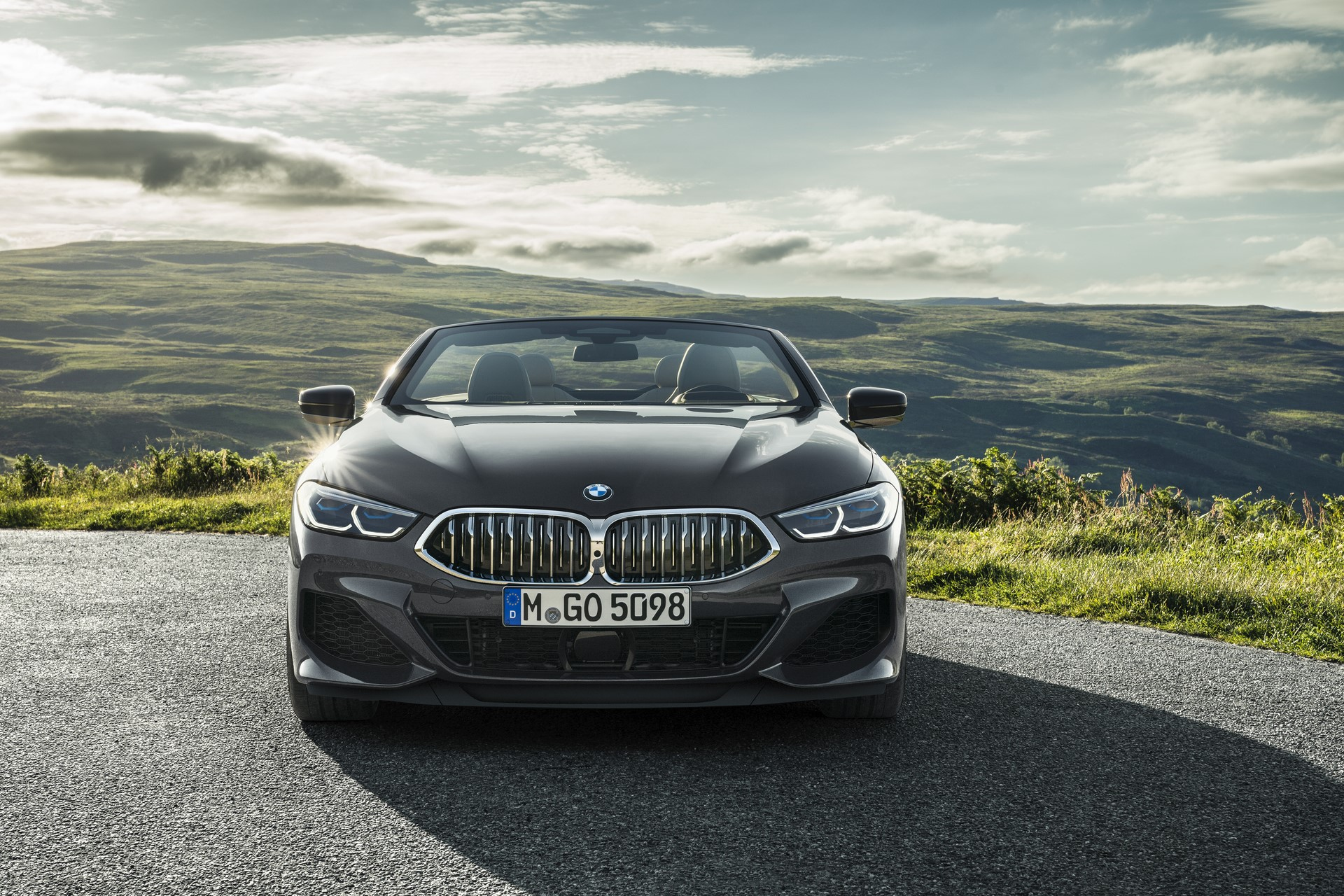 BMW 8 Series Convertible 2019 (35)